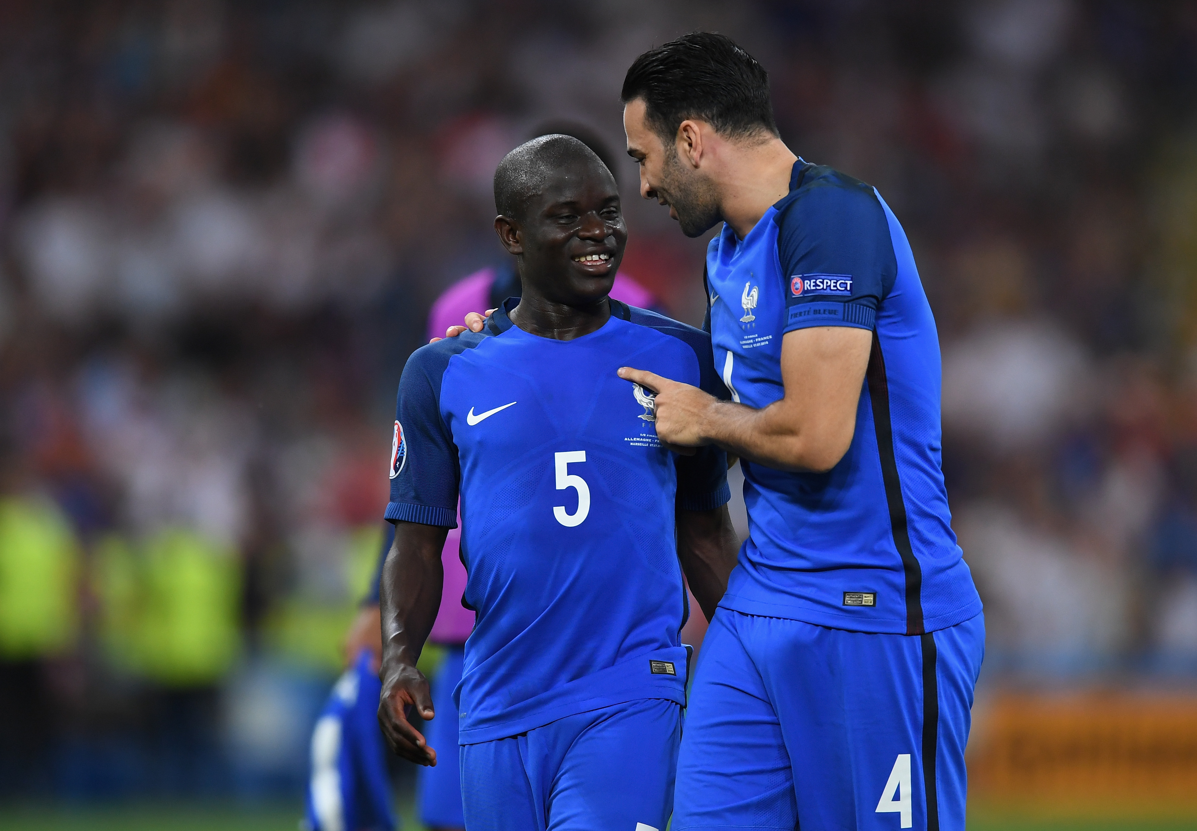N'Golo Kante medical done, expected to sign Chelsea paperwork tonight - report