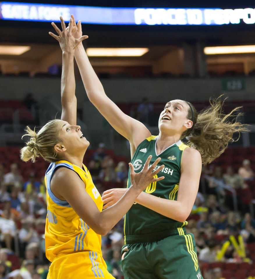 Breanna Stewart and Elena Delle Donne battled throughout the game.