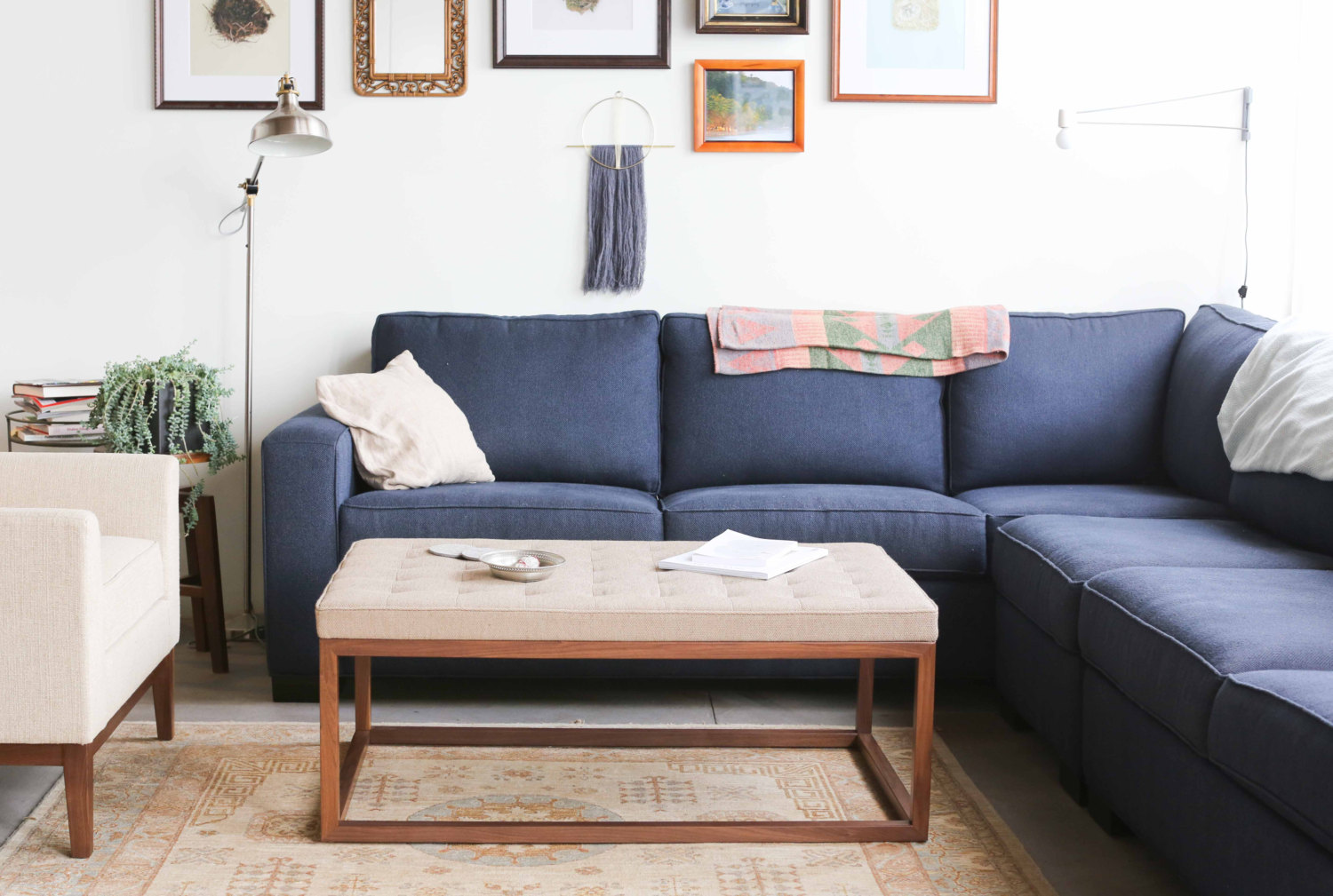 Midcentury-style ottoman/coffee table/bench