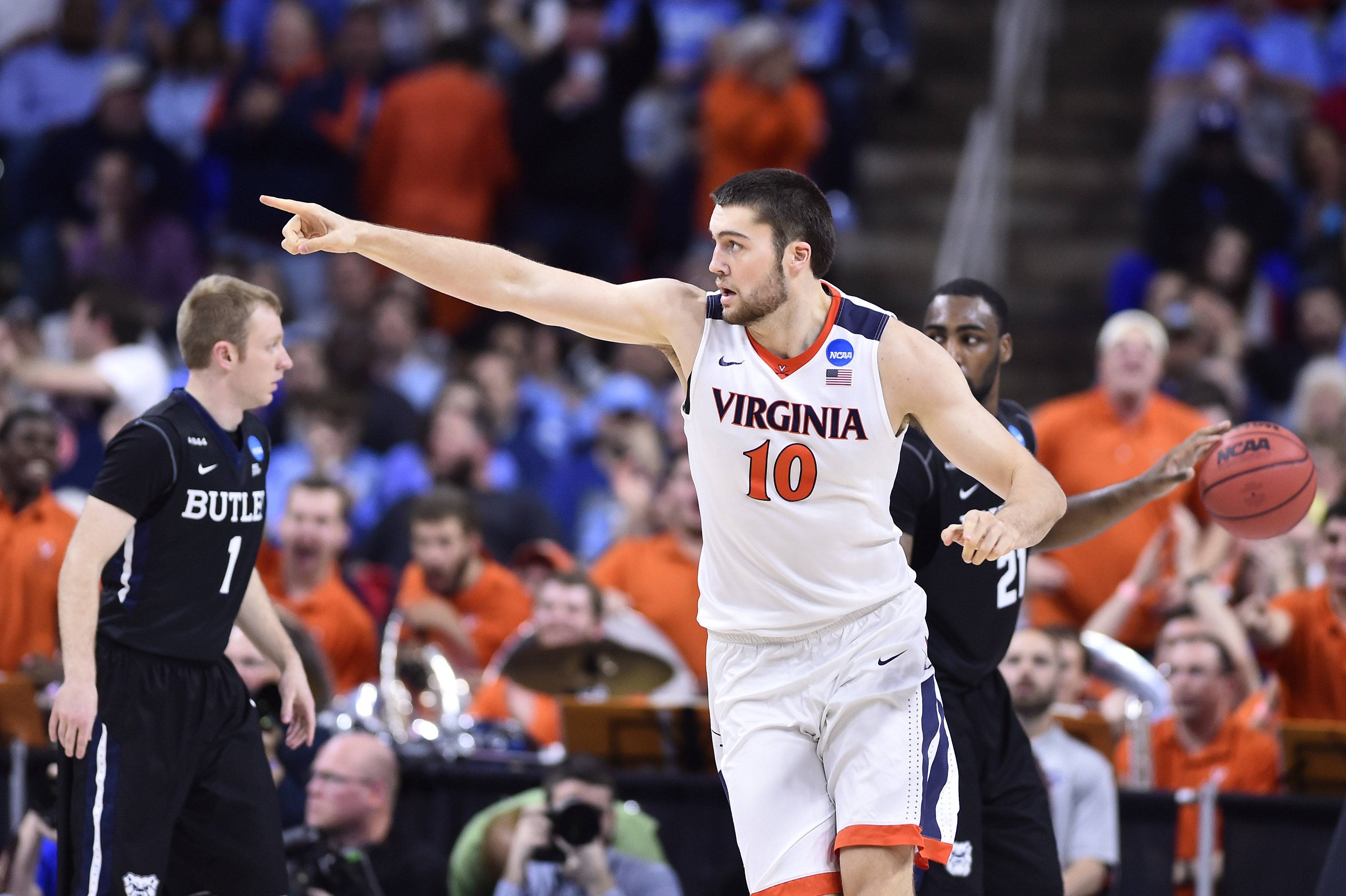 Streaking The Lawn Archives - Virginia Basketball - Page 4
