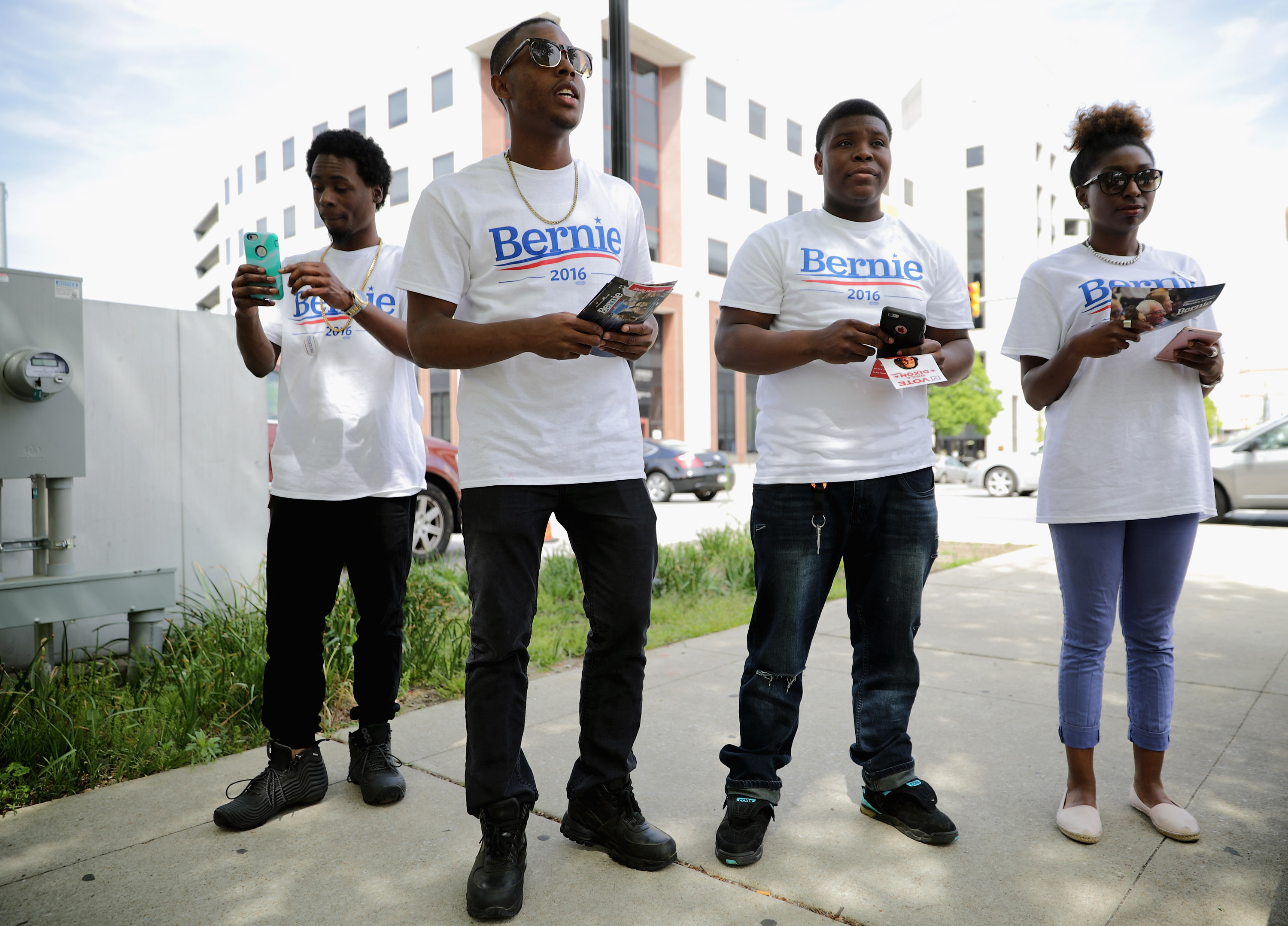 Bernie supporters need people of color if they don't want their movement to bust