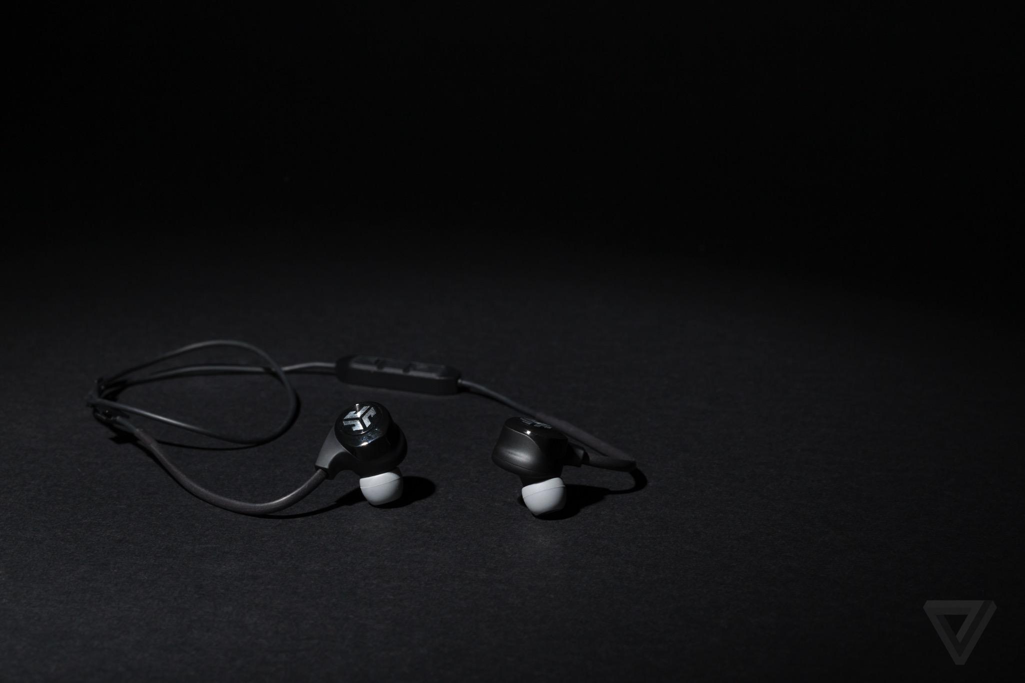 The best wireless headphones for running - The Verge