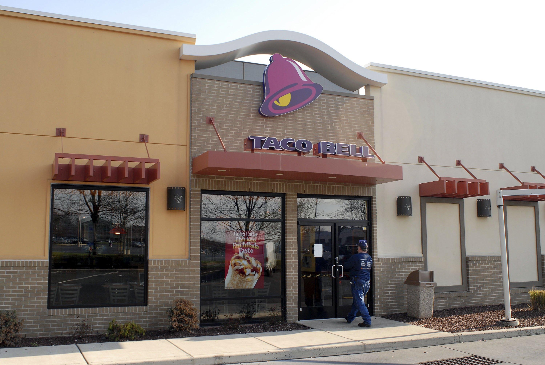 Texas Man Brazenly Rides Horse Into Taco Bell
