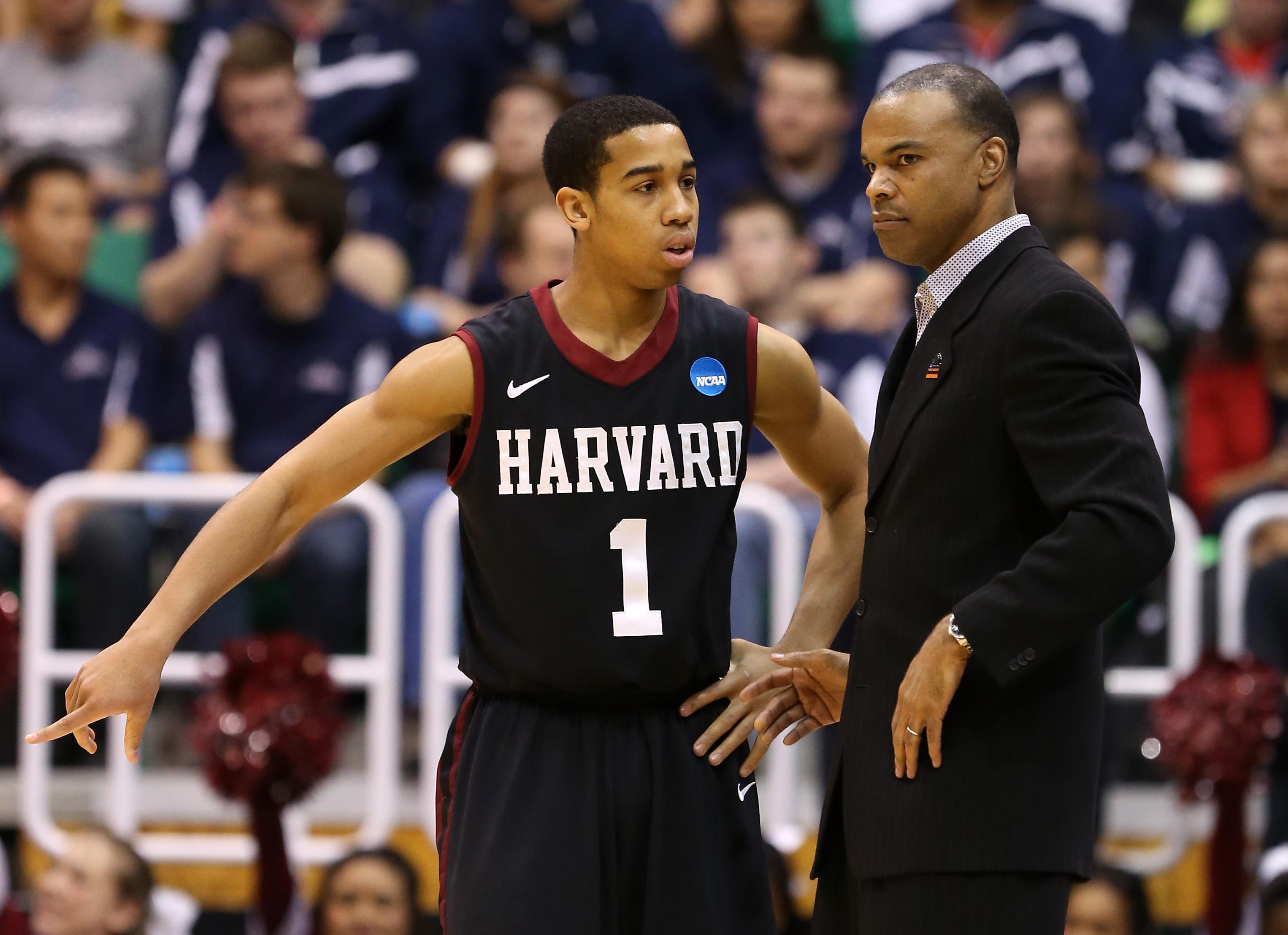 Harvard v Arizona