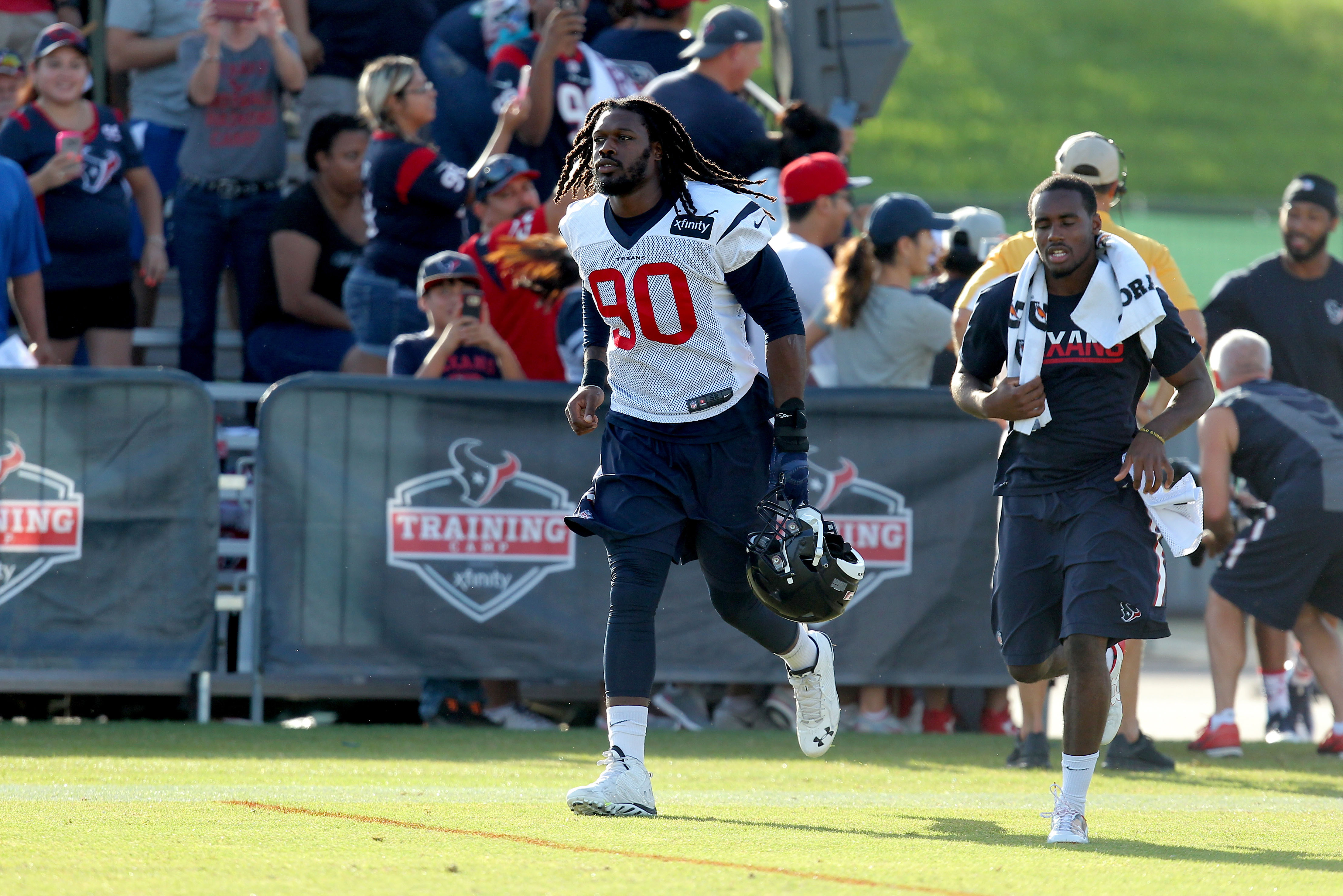 Clowney making one of his limited appearances at practice