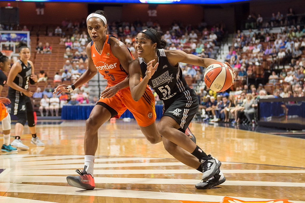 Sydney Colson, San Antonio Stars, unbelievable move