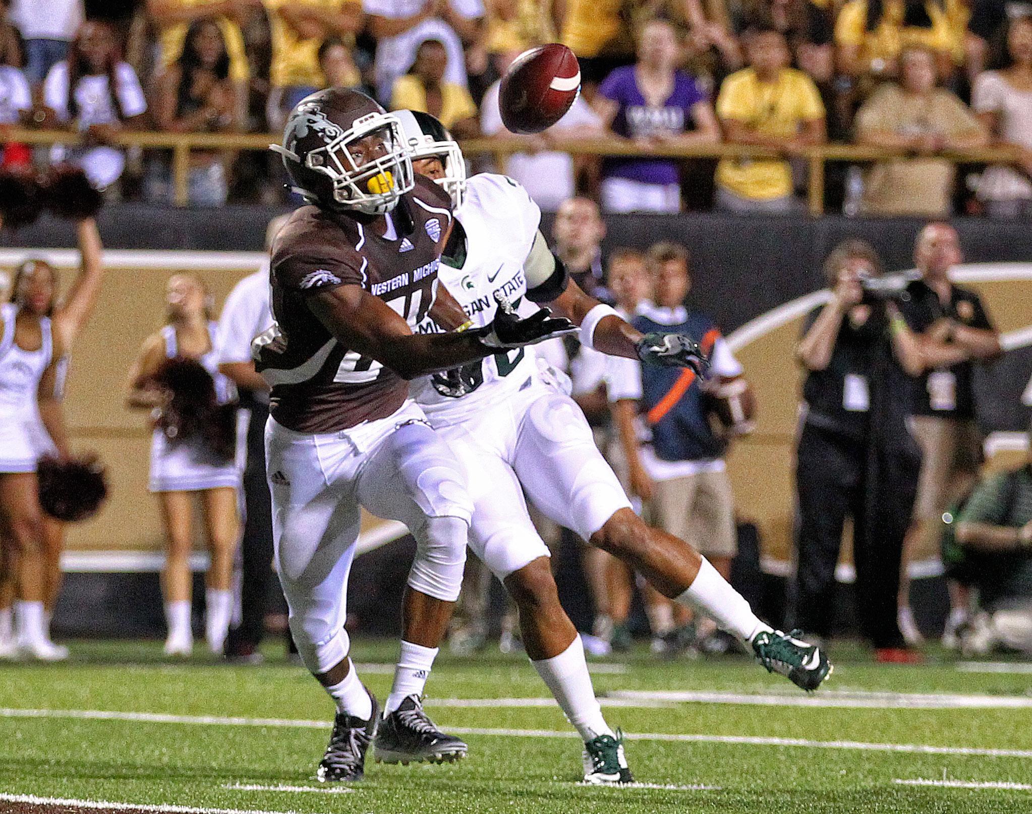 Davis scoring a touchdown in last year's season opener