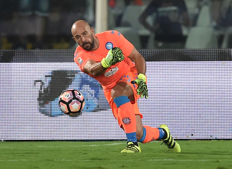 Pescara Calcio v SSC Napoli - Serie A