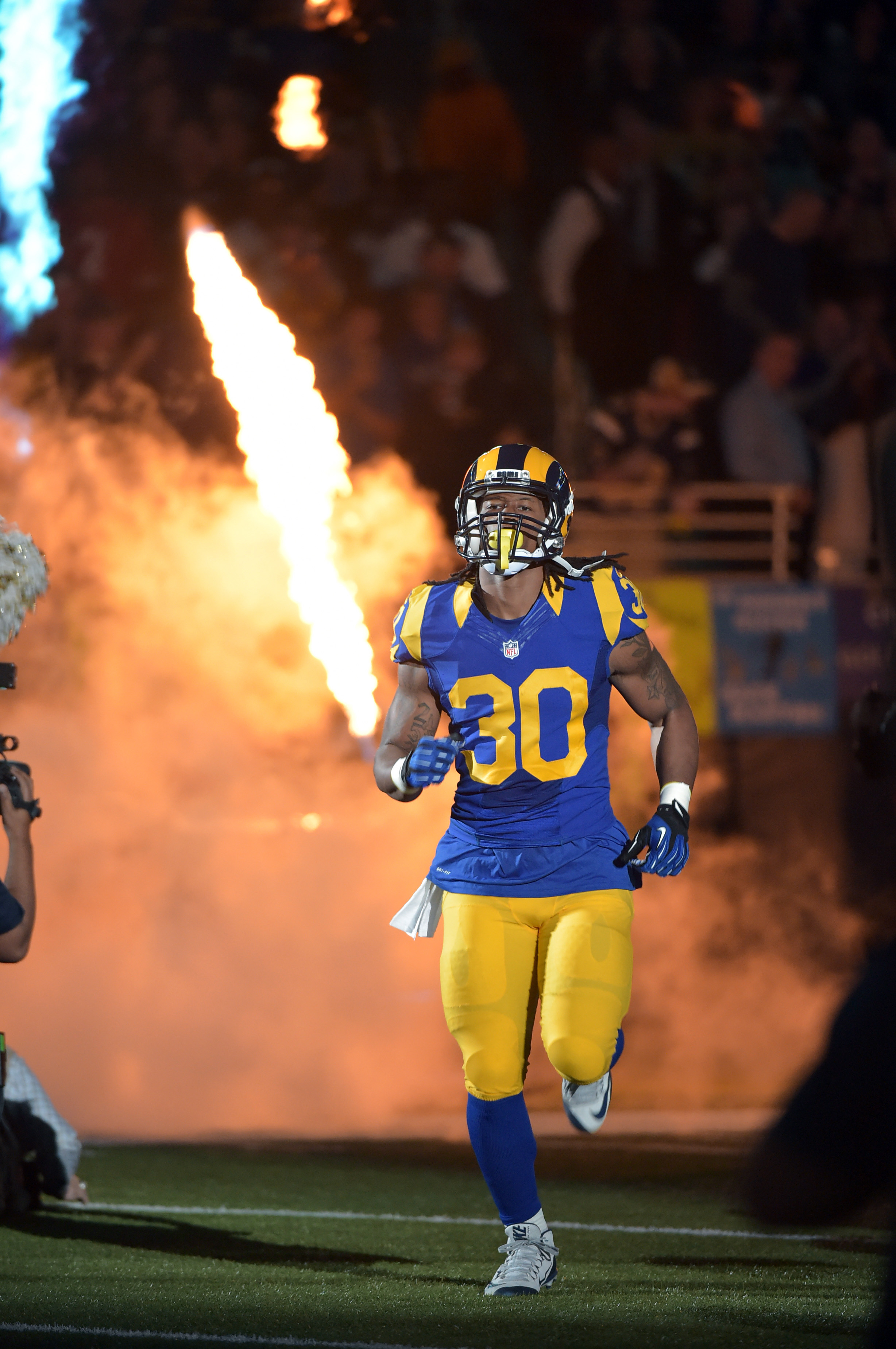 Los Angeles Rams RB Todd Gurley is a top-flight RB1 in Week 1 against the 49ers on Monday Night Football