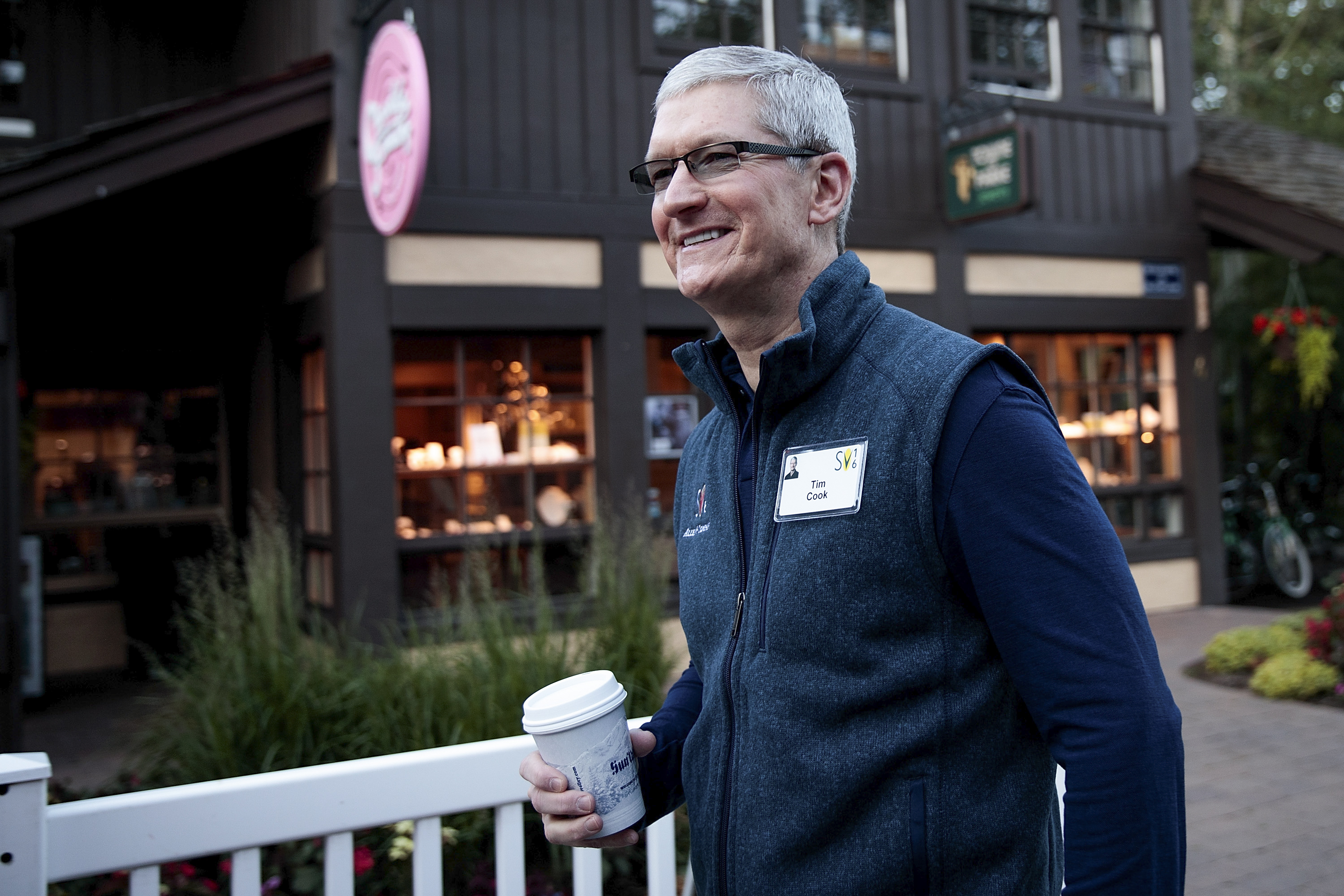 Why Europe is ordering Apple to pay Ireland $14.5 billion in taxes Ireland doesn't want