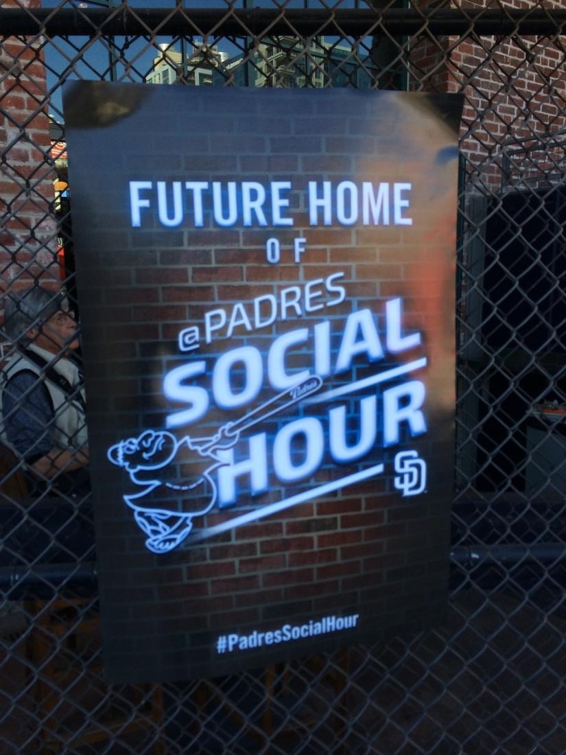 Padres Social Hour
