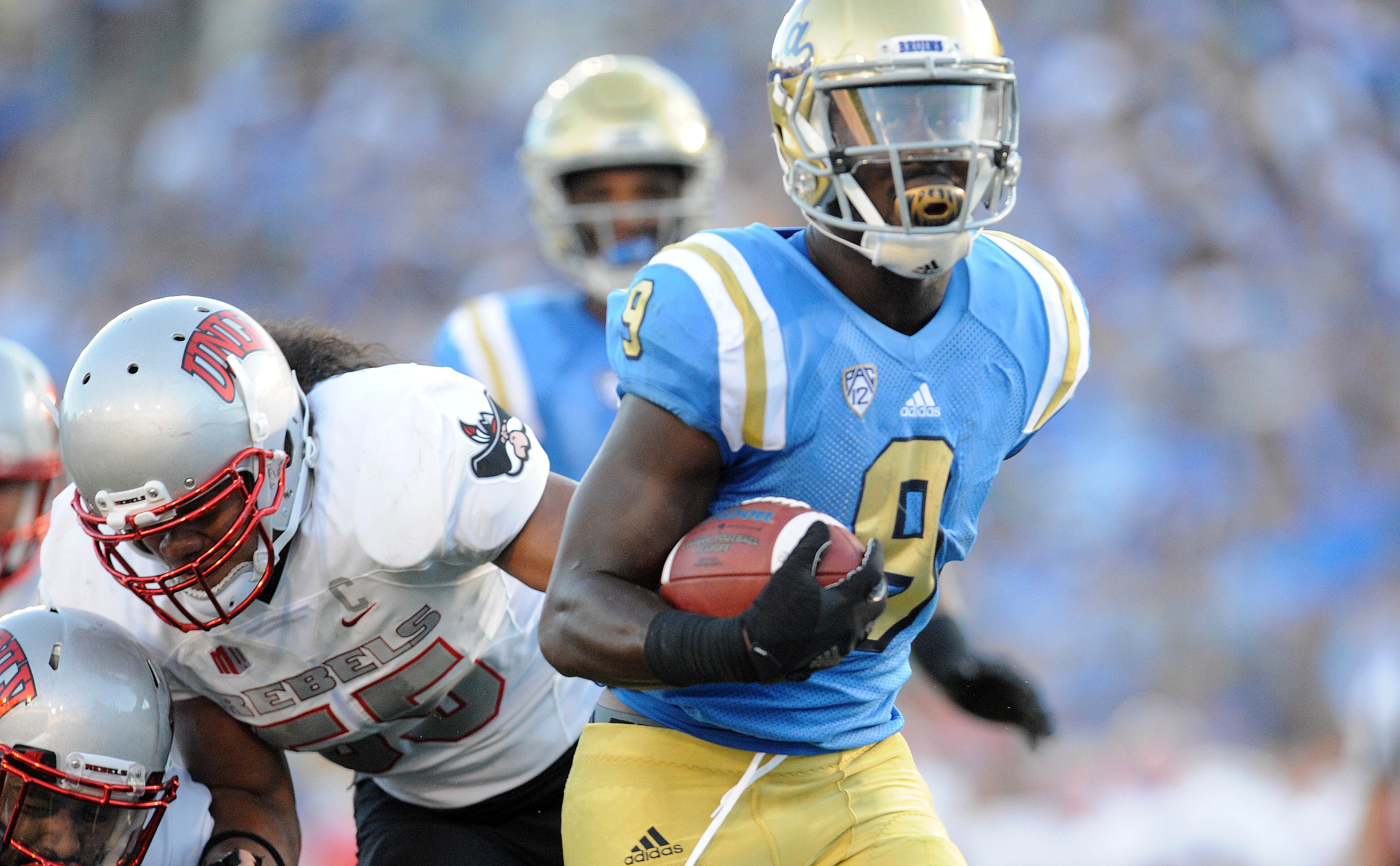 Soso Jamabo scored 3 TDs, in the Bruins' 42-21 victory over UNLV.
