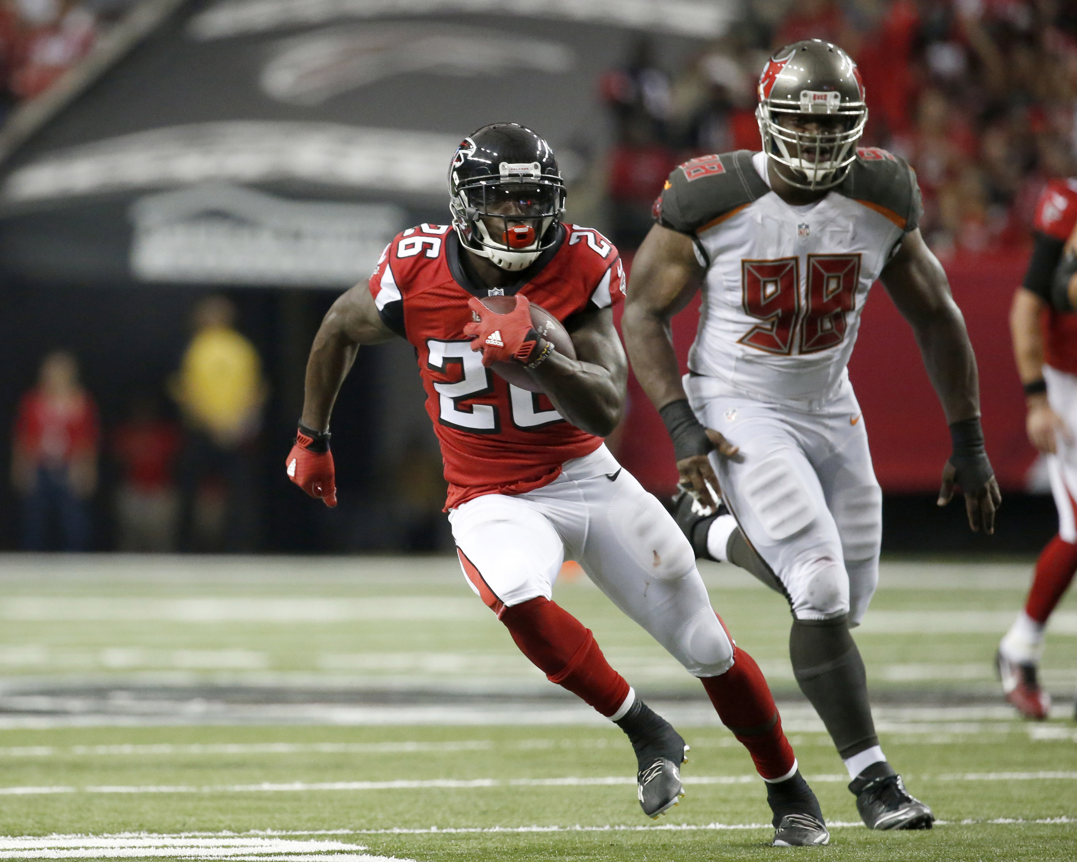 Fantasy football waiver wire: 5 running backs to look at for Week 2