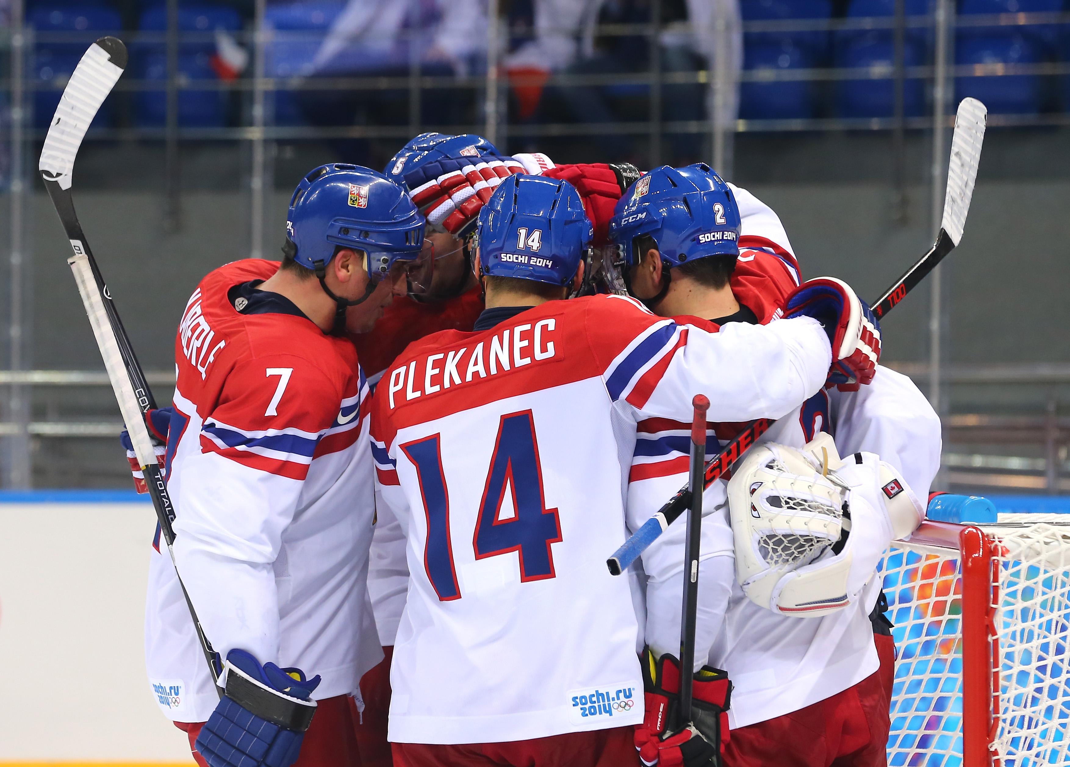 Ice Hockey - Winter Olympics Day 11 - Czech Republic v Slovakia