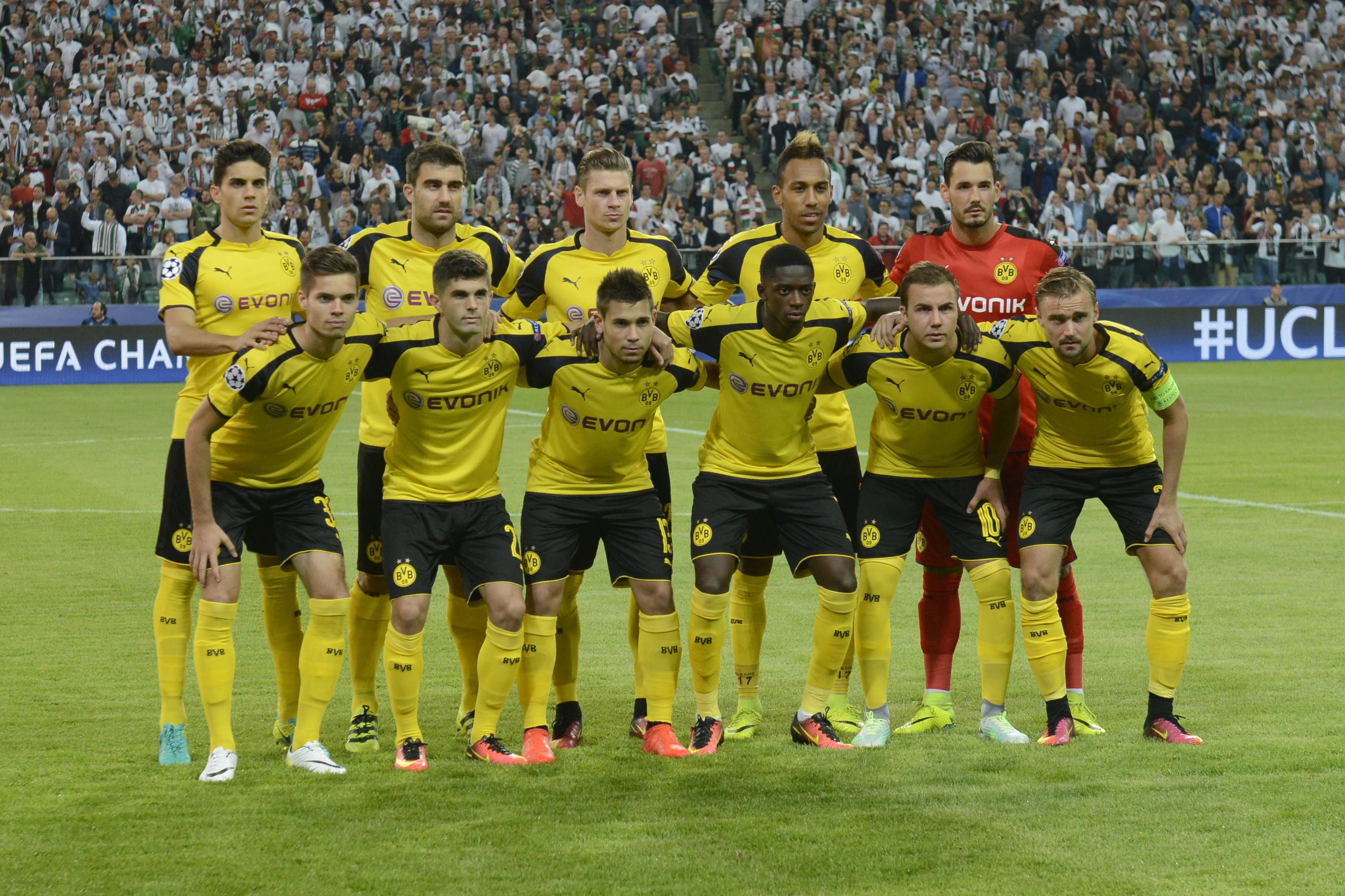 Legia Warszawa v Borussia Dortmund - UEFA Champions League