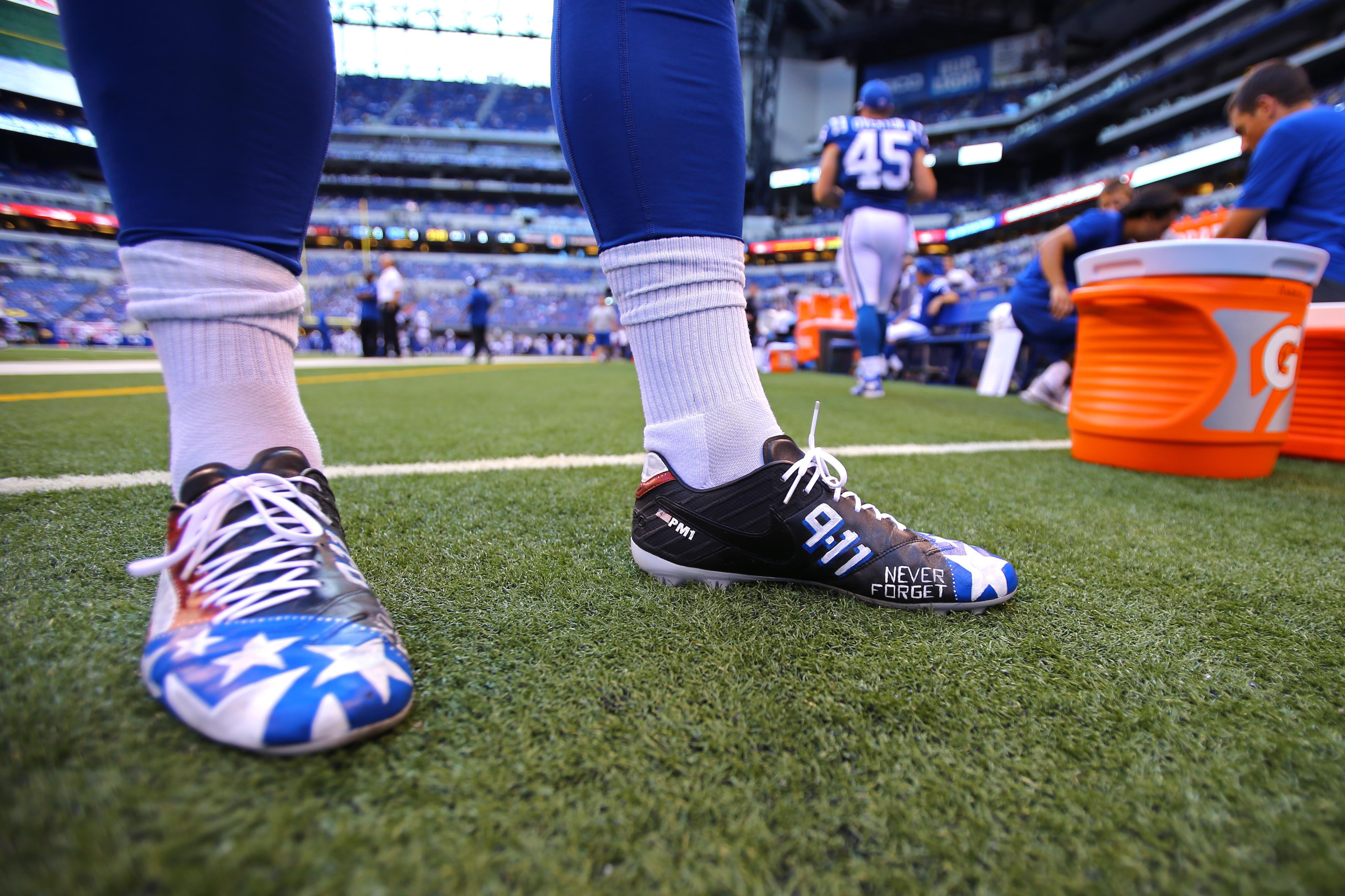 Colts punter Pat McAfee wore cleats to remember 9/11.