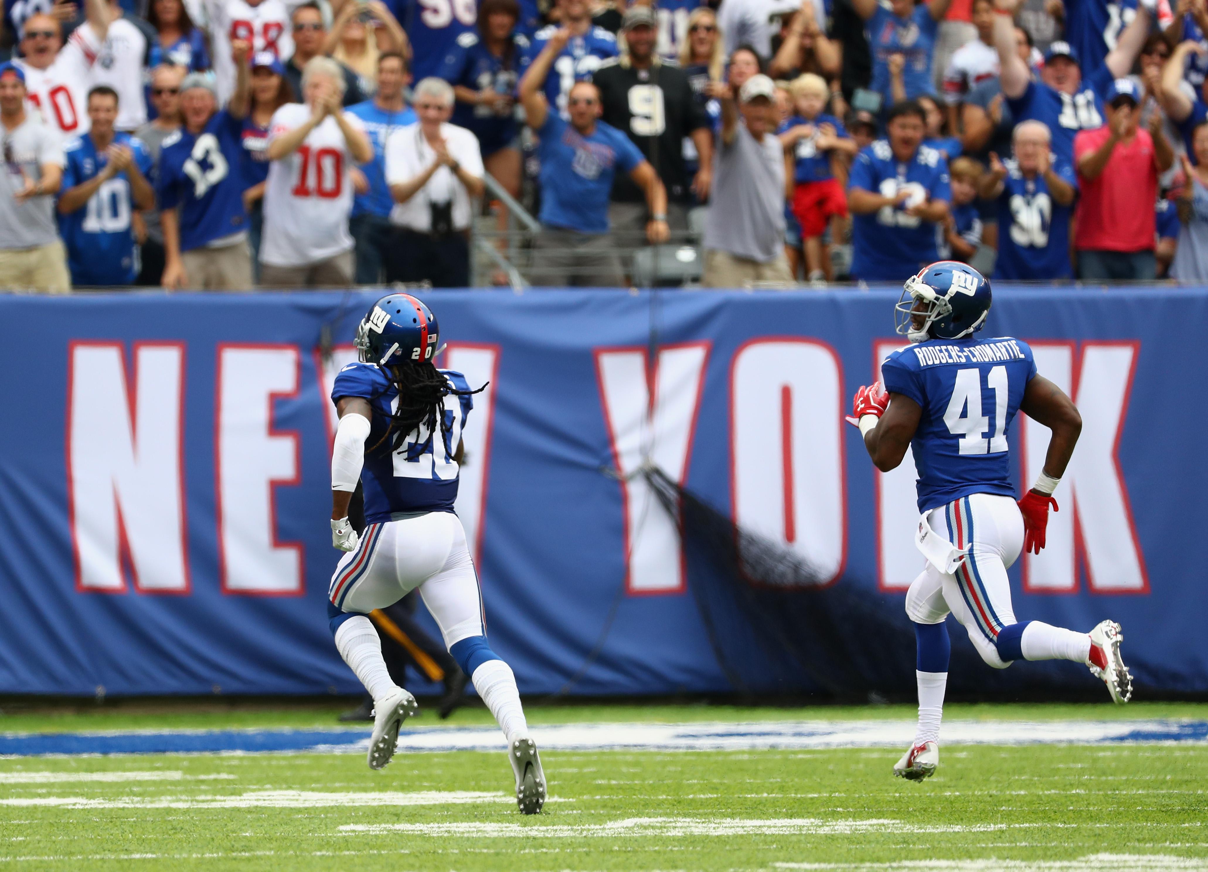 Janoris Jenkins returns a blocked field goal for a touchdown.