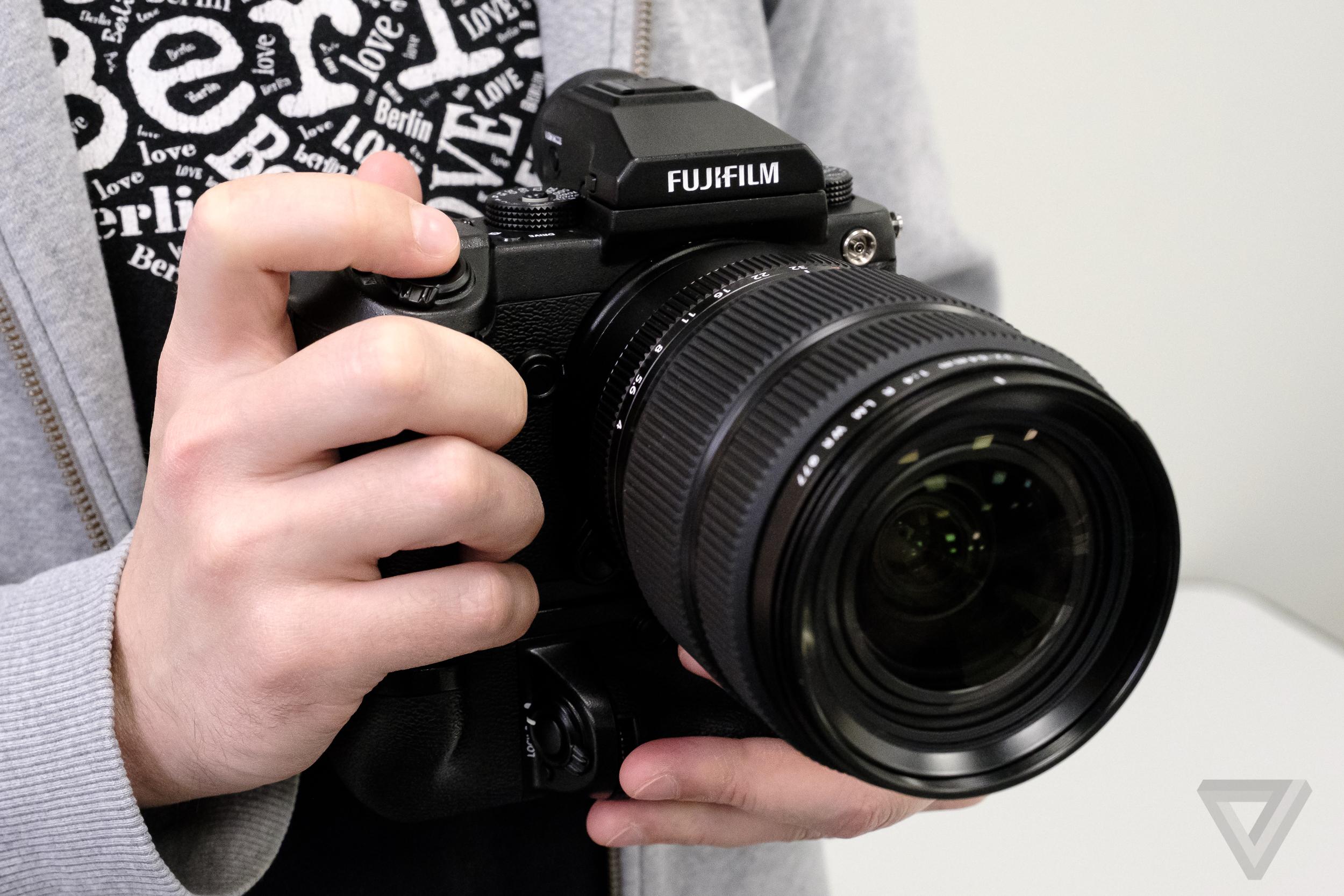 Fujifilm GFX 50 S photos