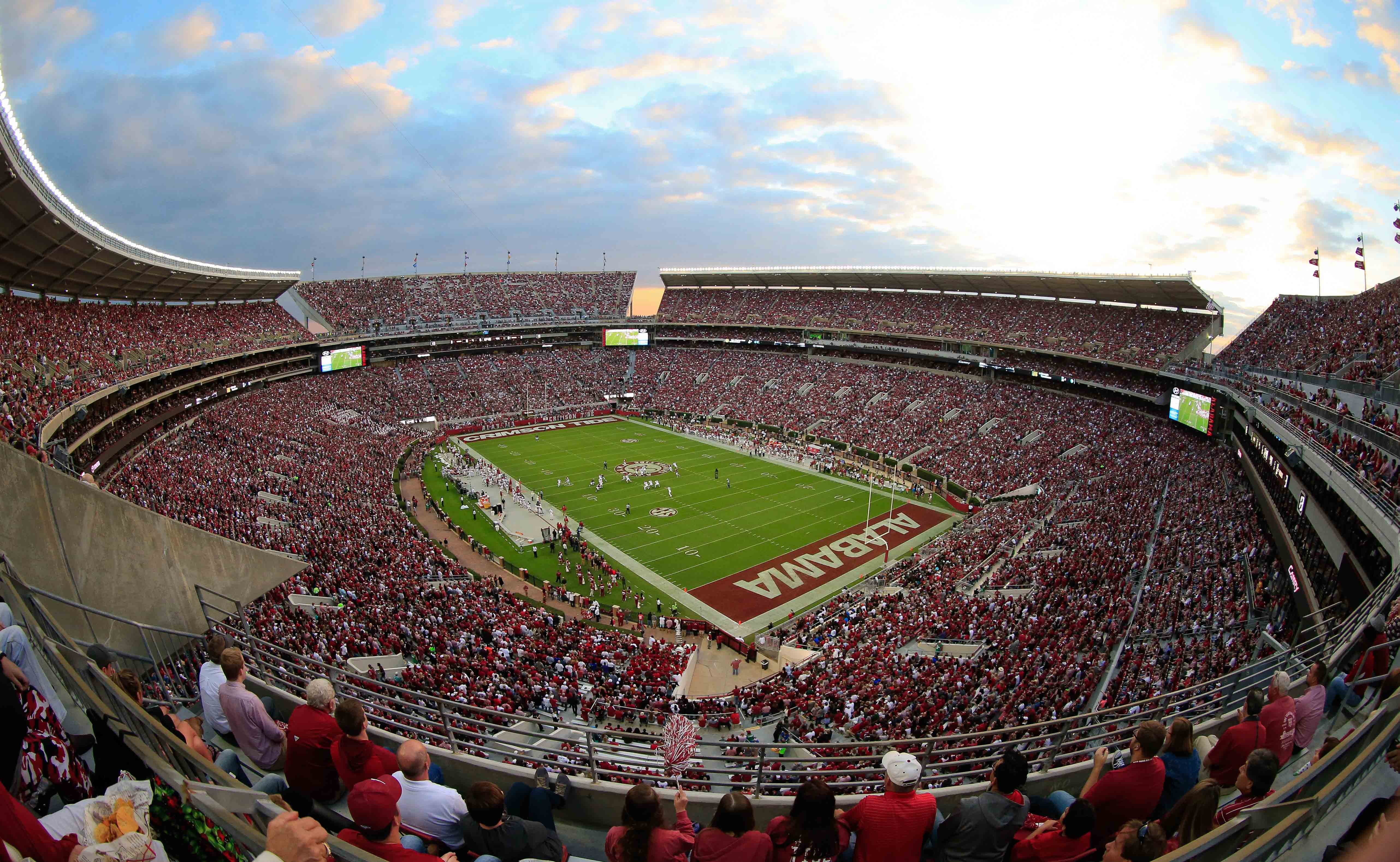 NCAA Football: Arkansas at Alabama