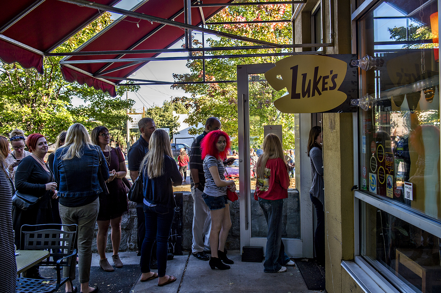 The line to get into the Luke's Diner pop-up at JavaVino.
