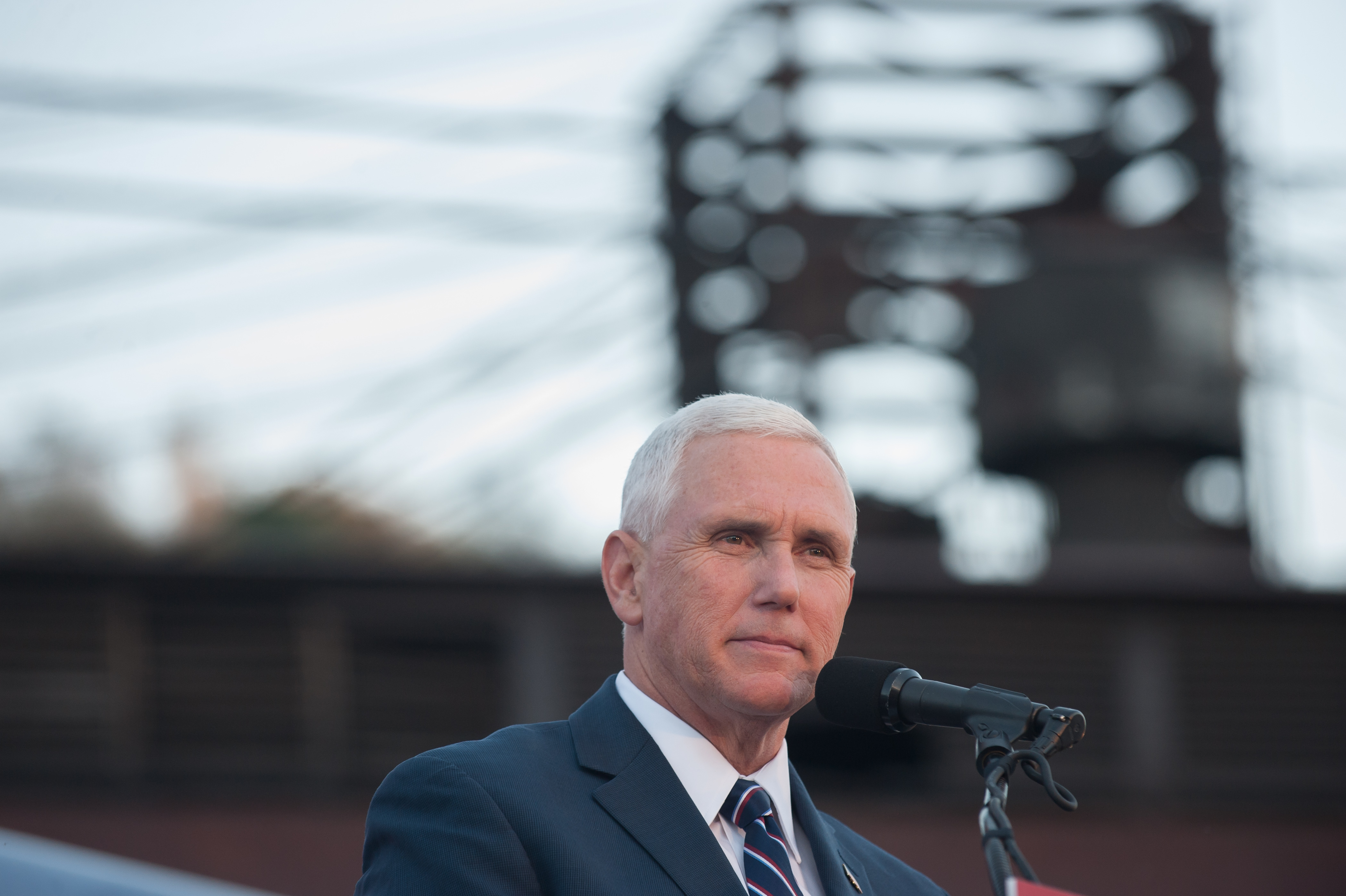 Mike Pence Campaigns In Depressed Rust Belt Town Of Johnstown, PA