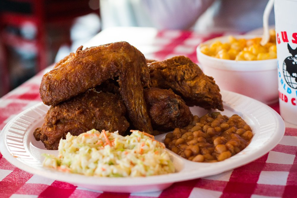 Jonathan Gold Gives Gus's Fried Chicken a Heavy Endorsement