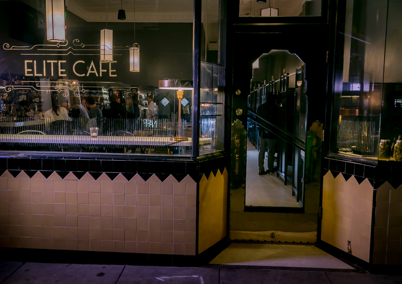 The front of Elite Cafe