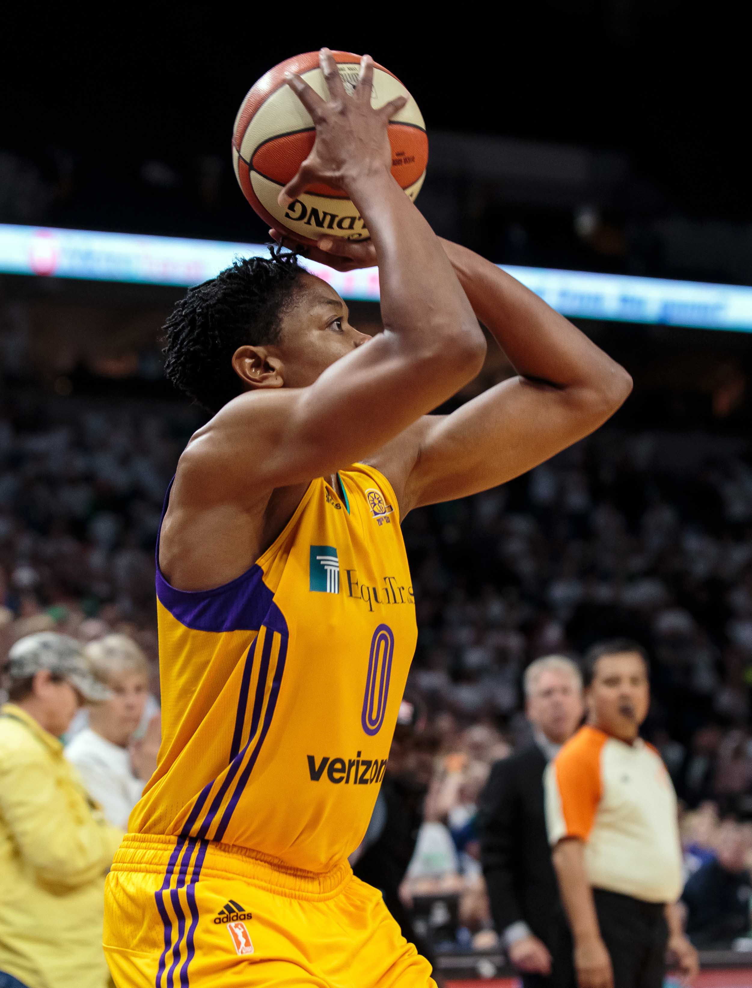 WNBA: Los Angeles Sparks at Minnesota Lynx. Alana Beard's game-winner