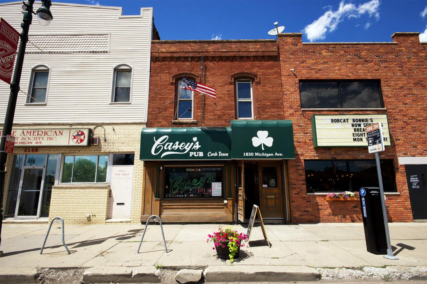 Casey's Pub exterior