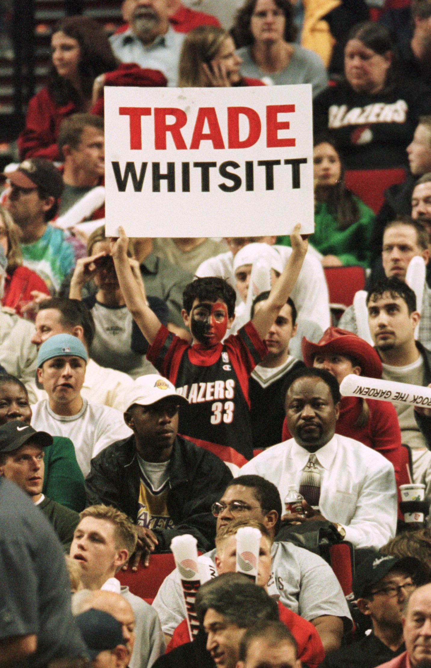 Lakers v Trail Blazers fan
