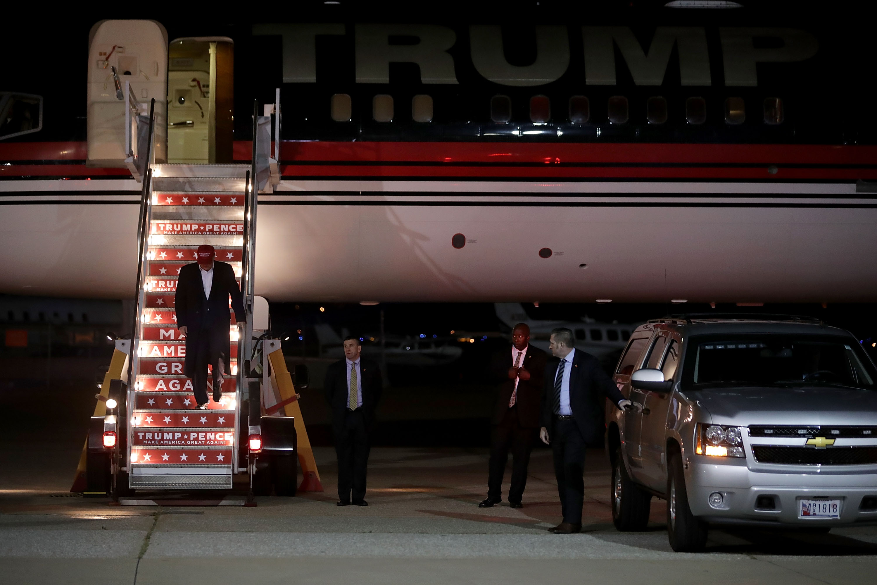Trump can now loot millions of dollars from the Secret Service with no disclosure
