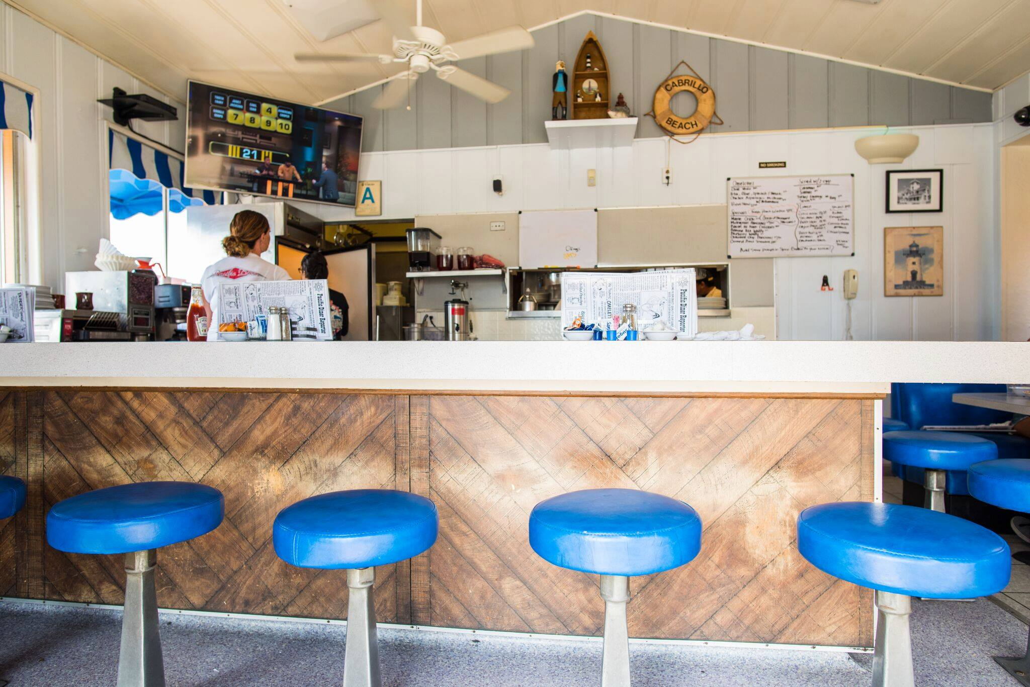 13 Picture-Perfect LA Diners You've Never Heard Of