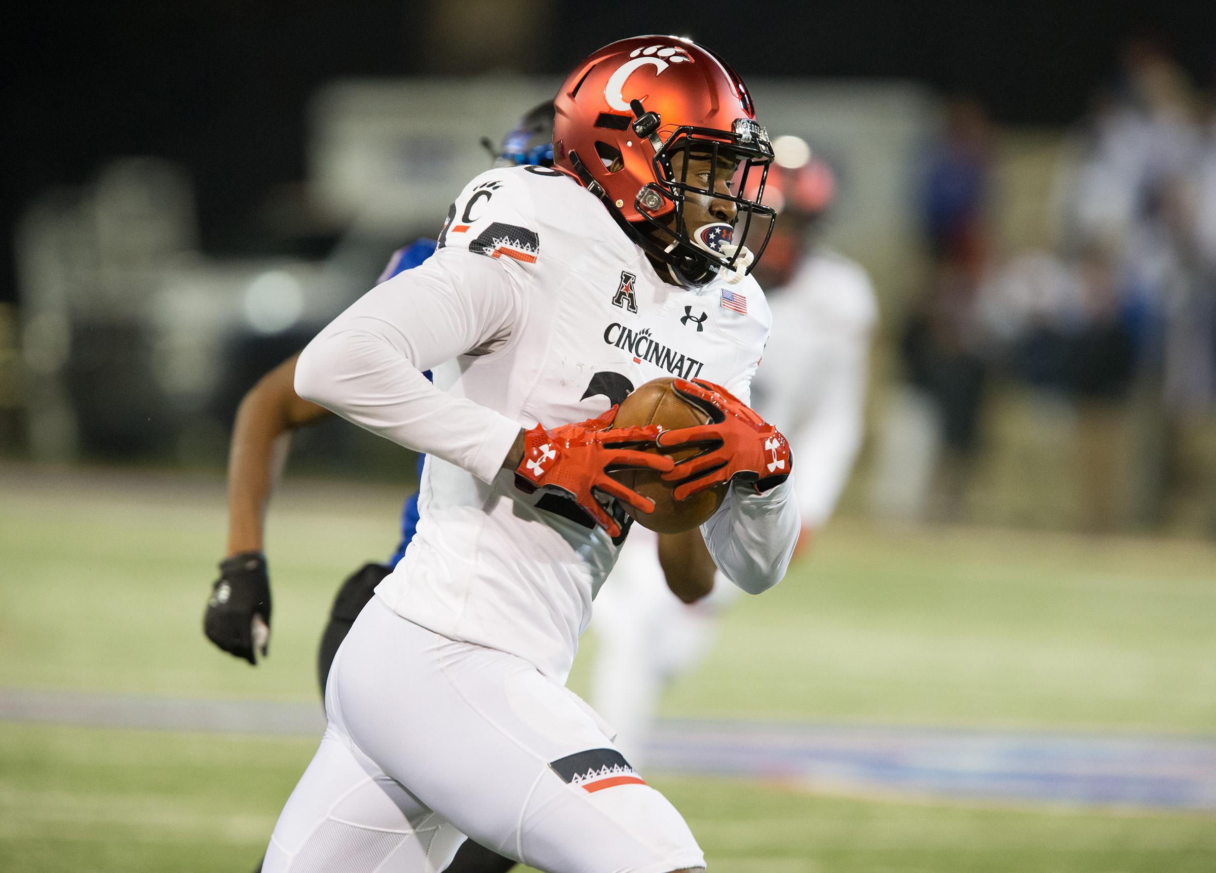 NCAA Football: Cincinnati at Tulsa