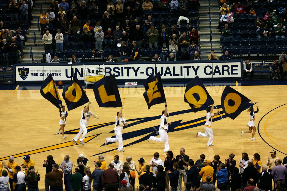 Toledo Basketball - Flags