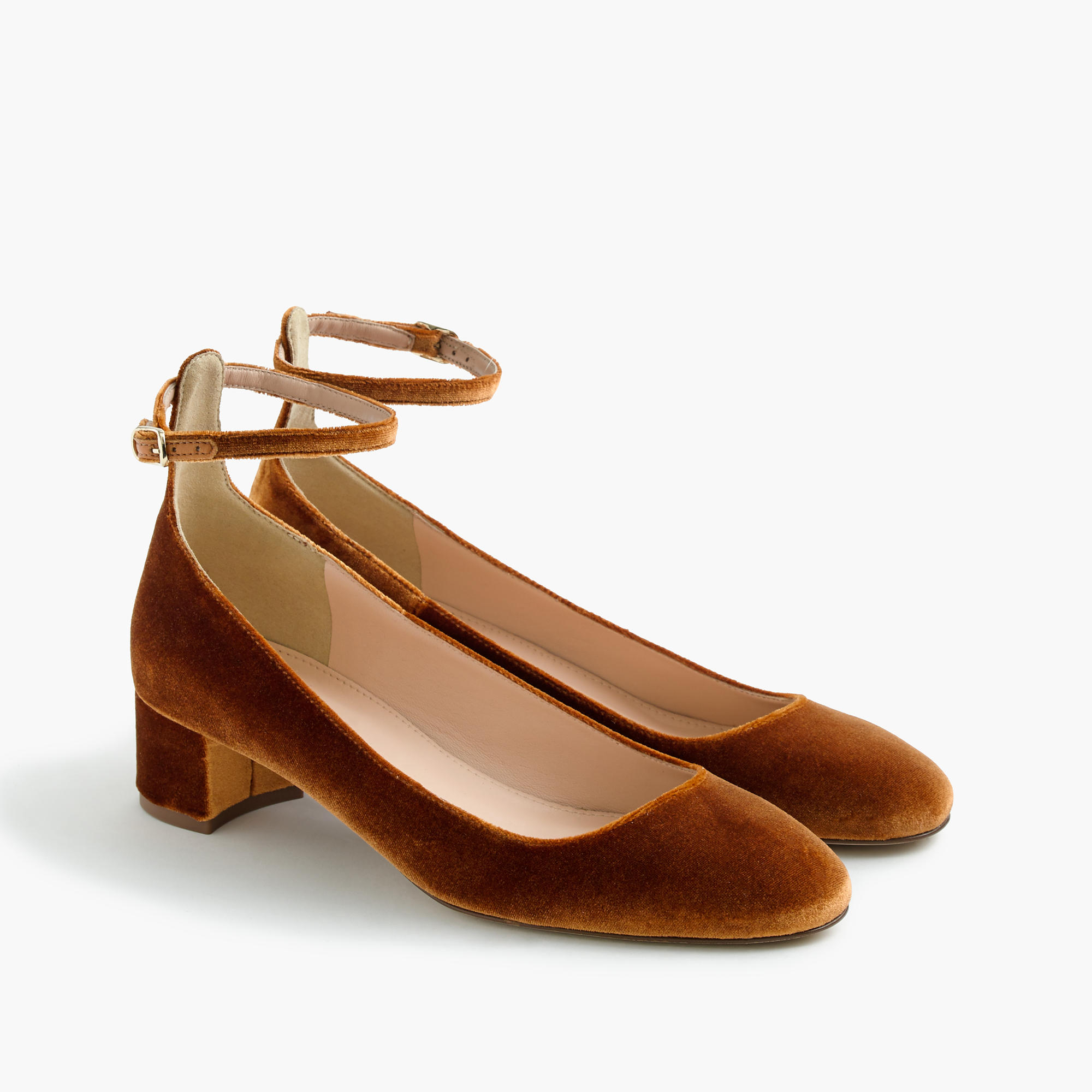 10bcf57e73a I Slid Into J.Crew s DMs and Now I Have These Sold-Out Velvet Shoes