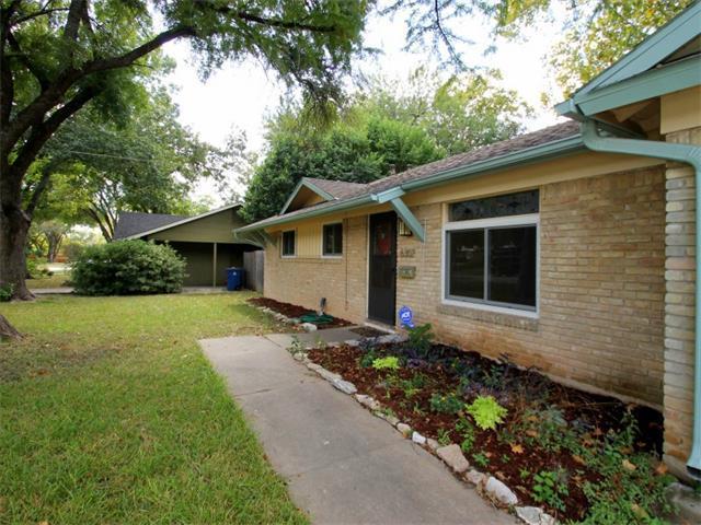 Brick single-family ranch-style house
