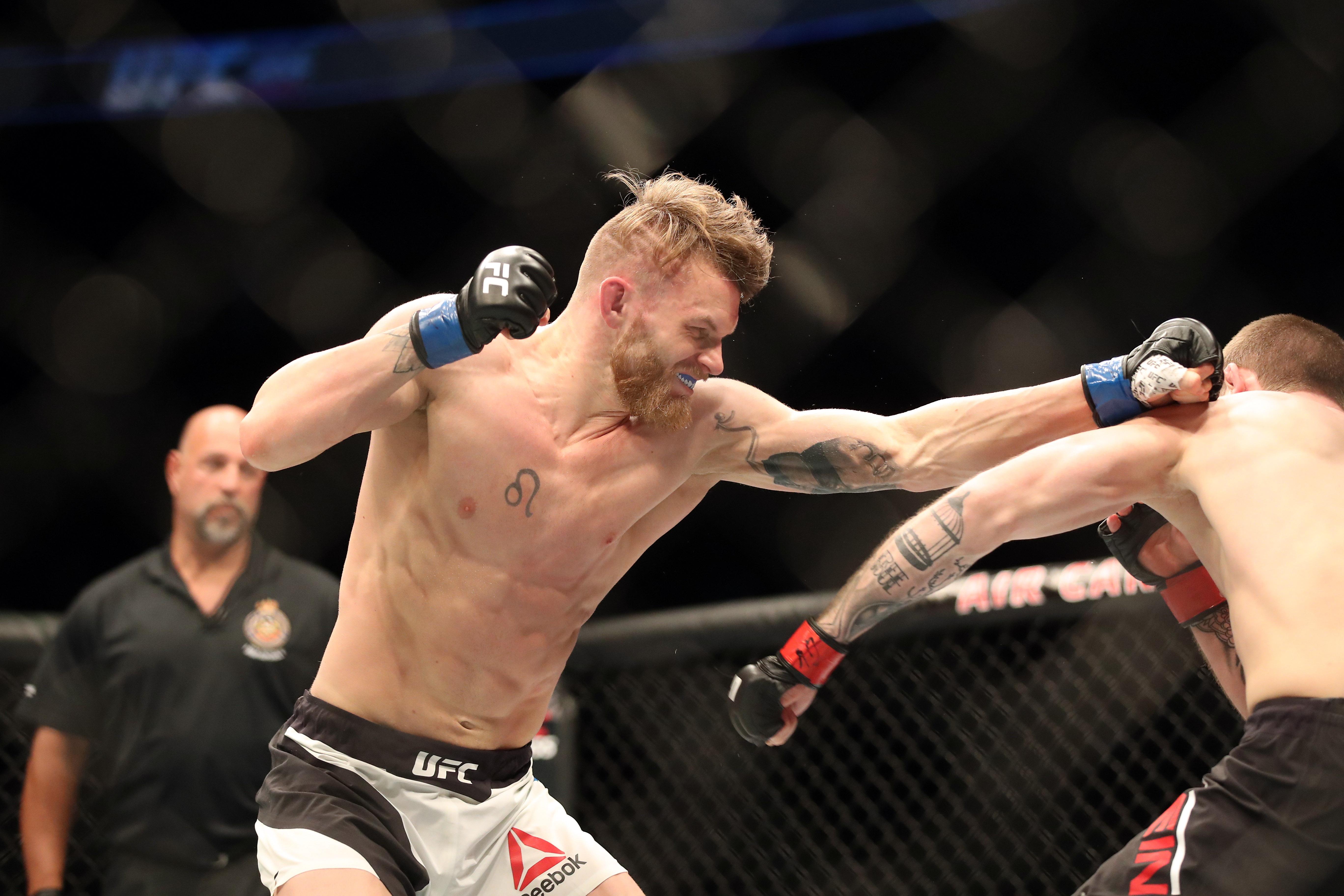 MMA: UFC 206- Krylov vs Cirkunov