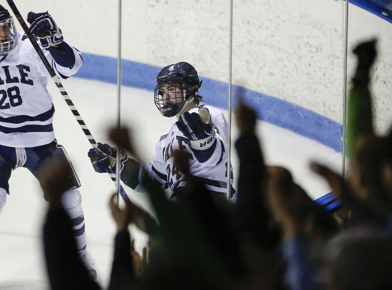 Photo Gallery: Yale Bulldogs vs. Vermont Catamounts