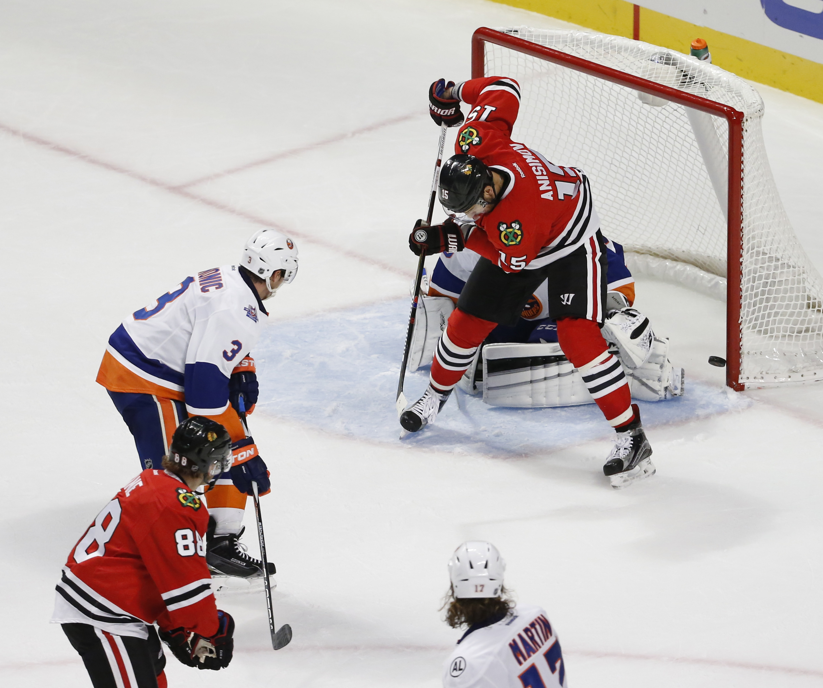 NHL: New York Islanders at Chicago Blackhawks