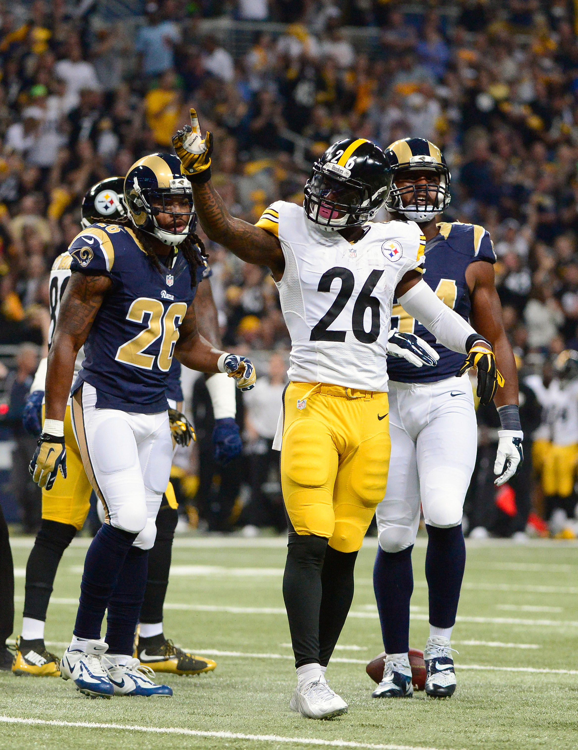 NFL: Pittsburgh Steelers at St. Louis Rams