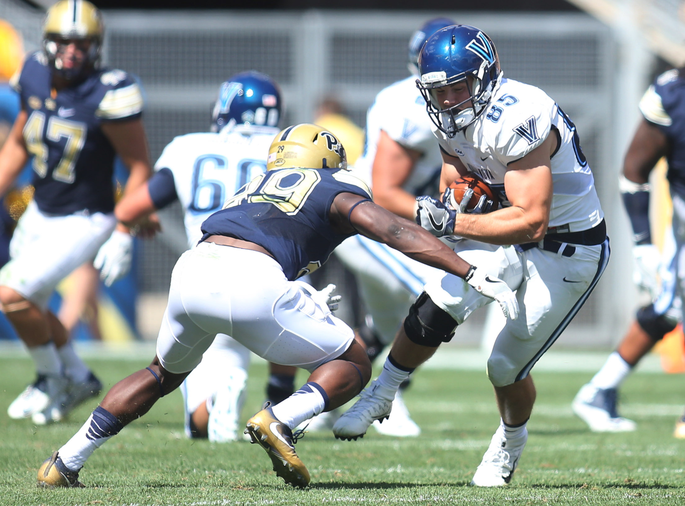 NCAA Football: Villanova at Pittsburgh