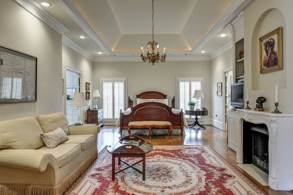 One of the six bedrooms in Real Housewives of Atlanta Star's house.