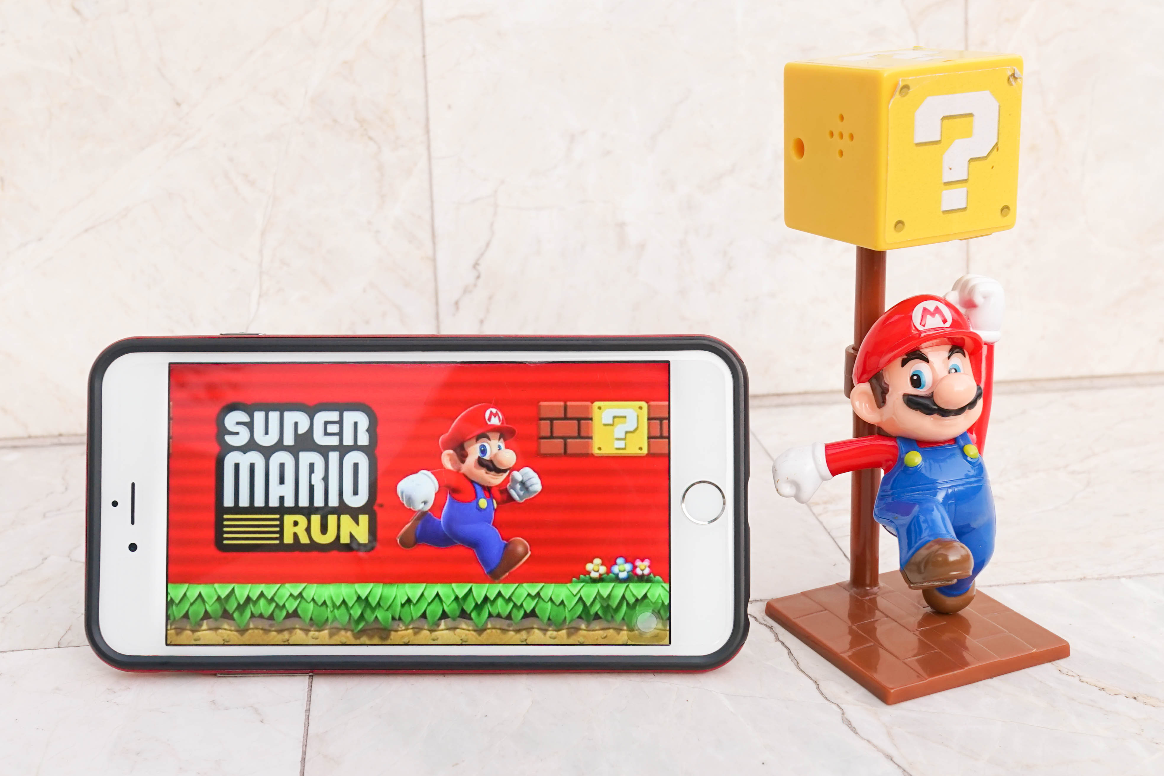 Super Mario Run's poor reviews have knocked billions off