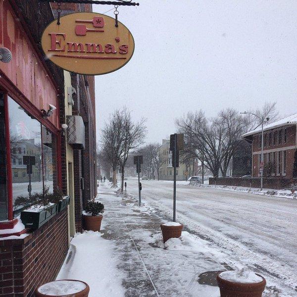 Emma's Pizza Cambridge exterior