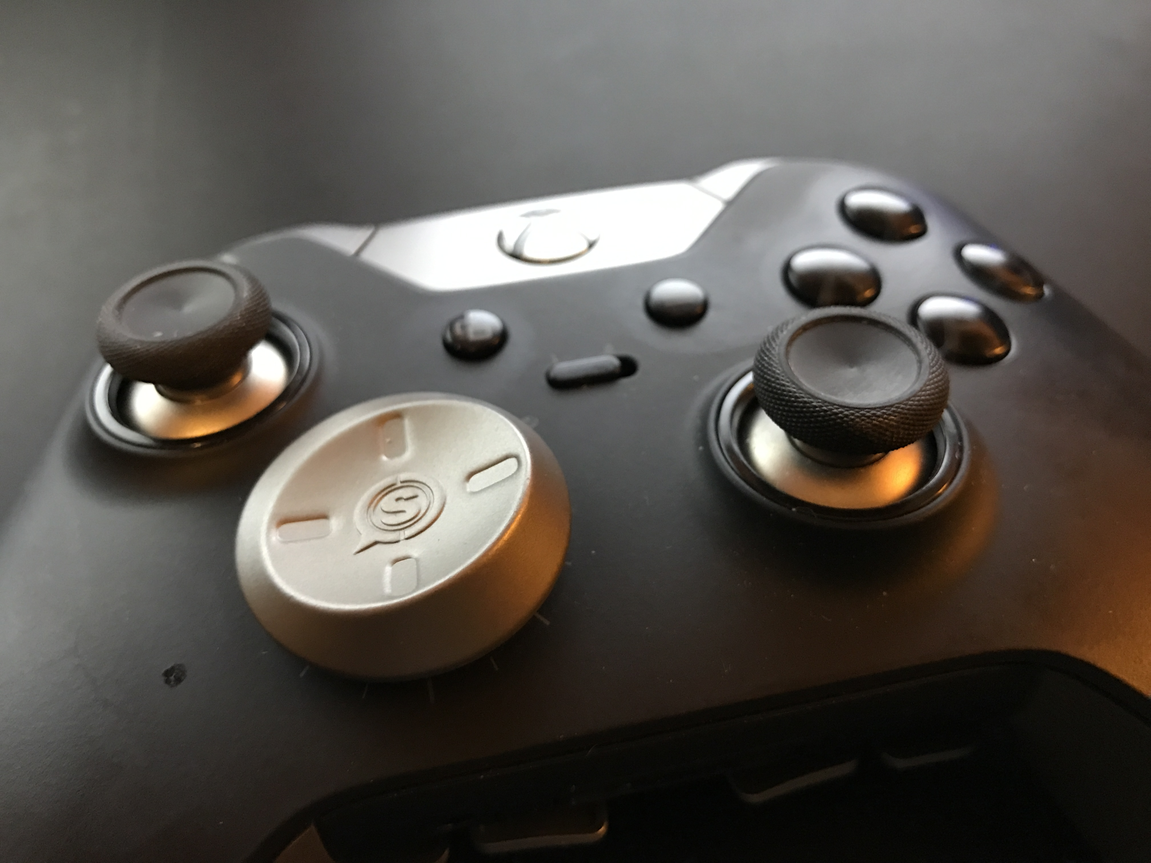 A closer look at Scuf's Xbox One Elite controller mods