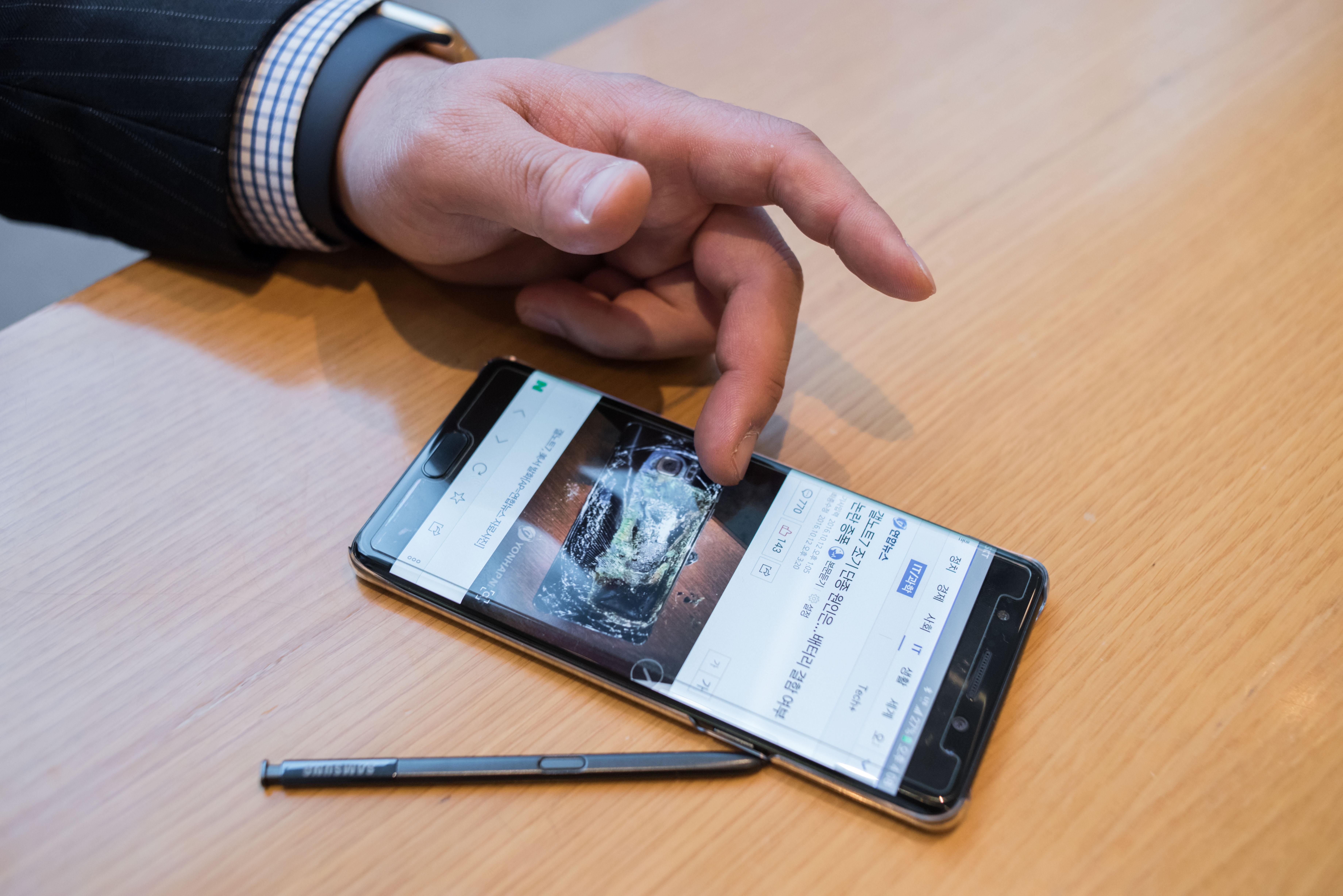 SKOREA-SAMSUNG-SMARTPHONE