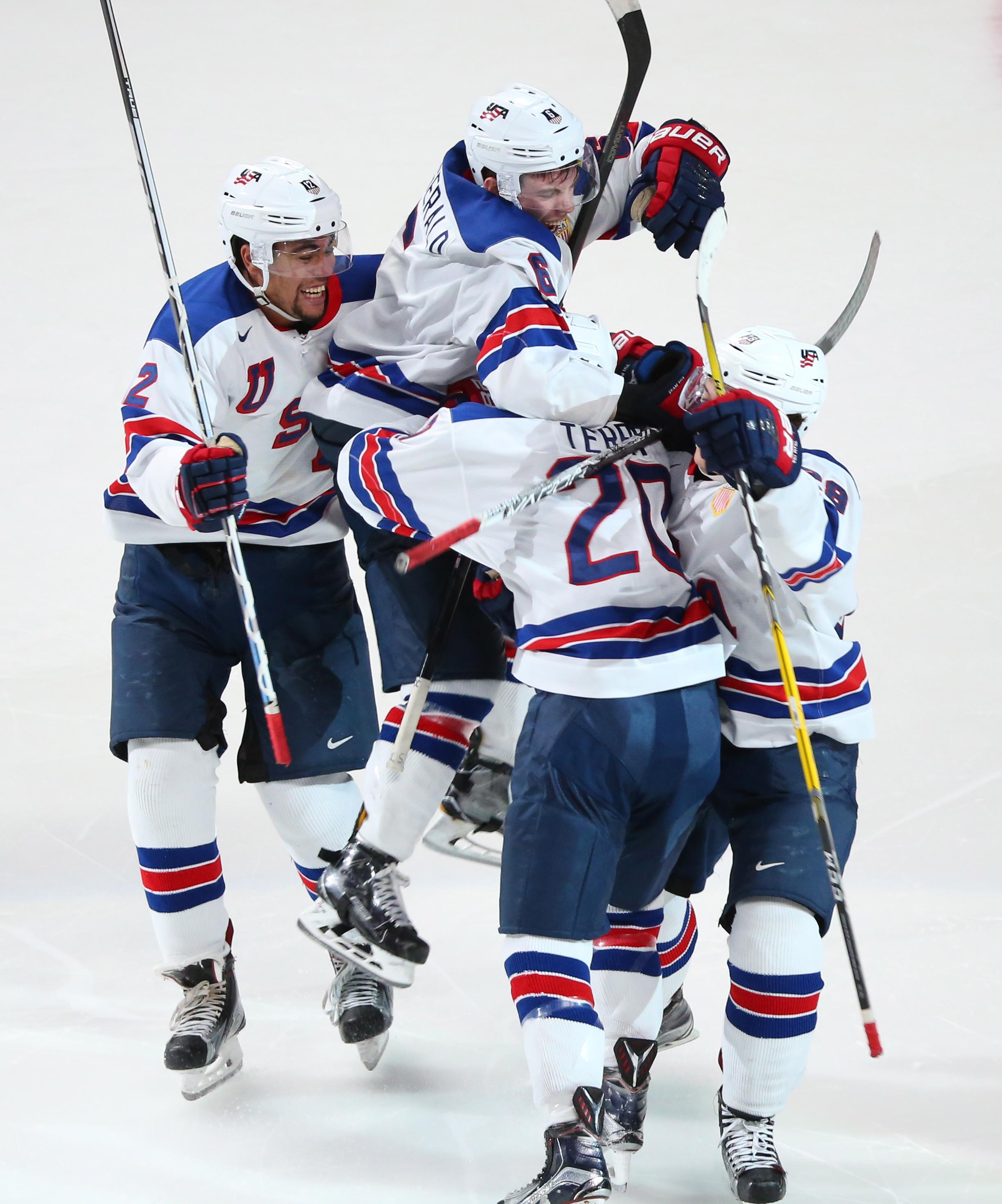 2017 IIHF World Junior Championship semifinal: USA 4 - 3 Russia