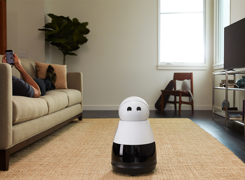 CES 2017: Kuri, a new AI assistant, wants to be your cute new robot butler
