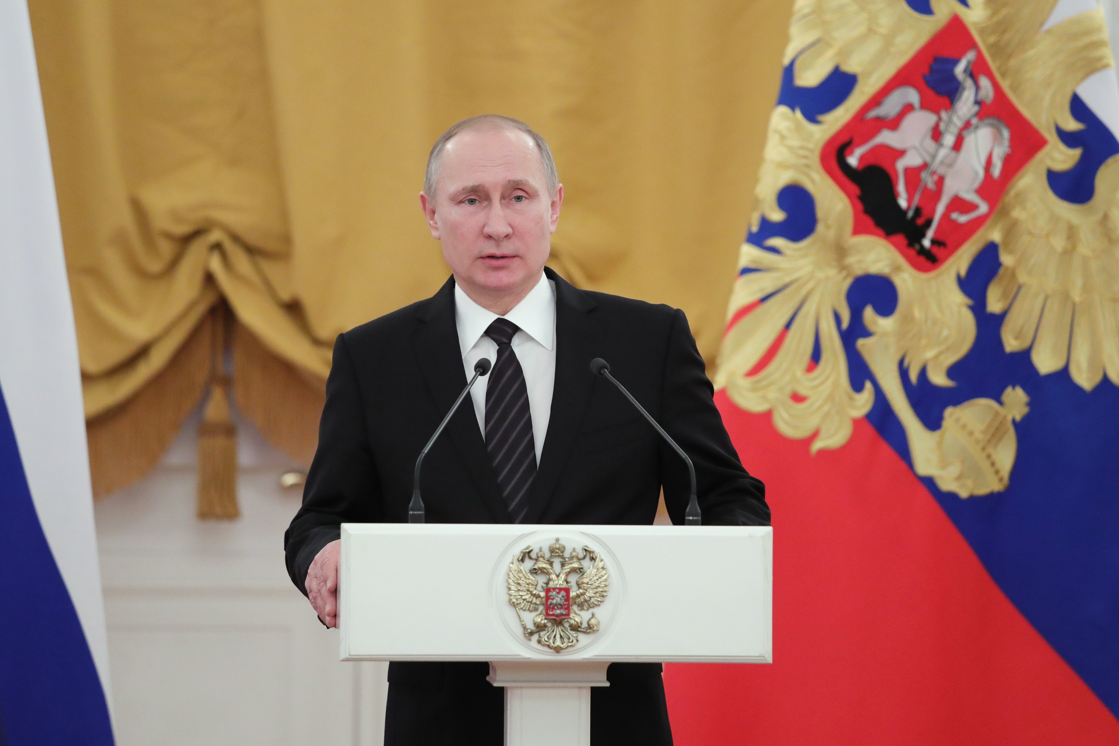 President Putin hosts reception for upcoming Year 2017