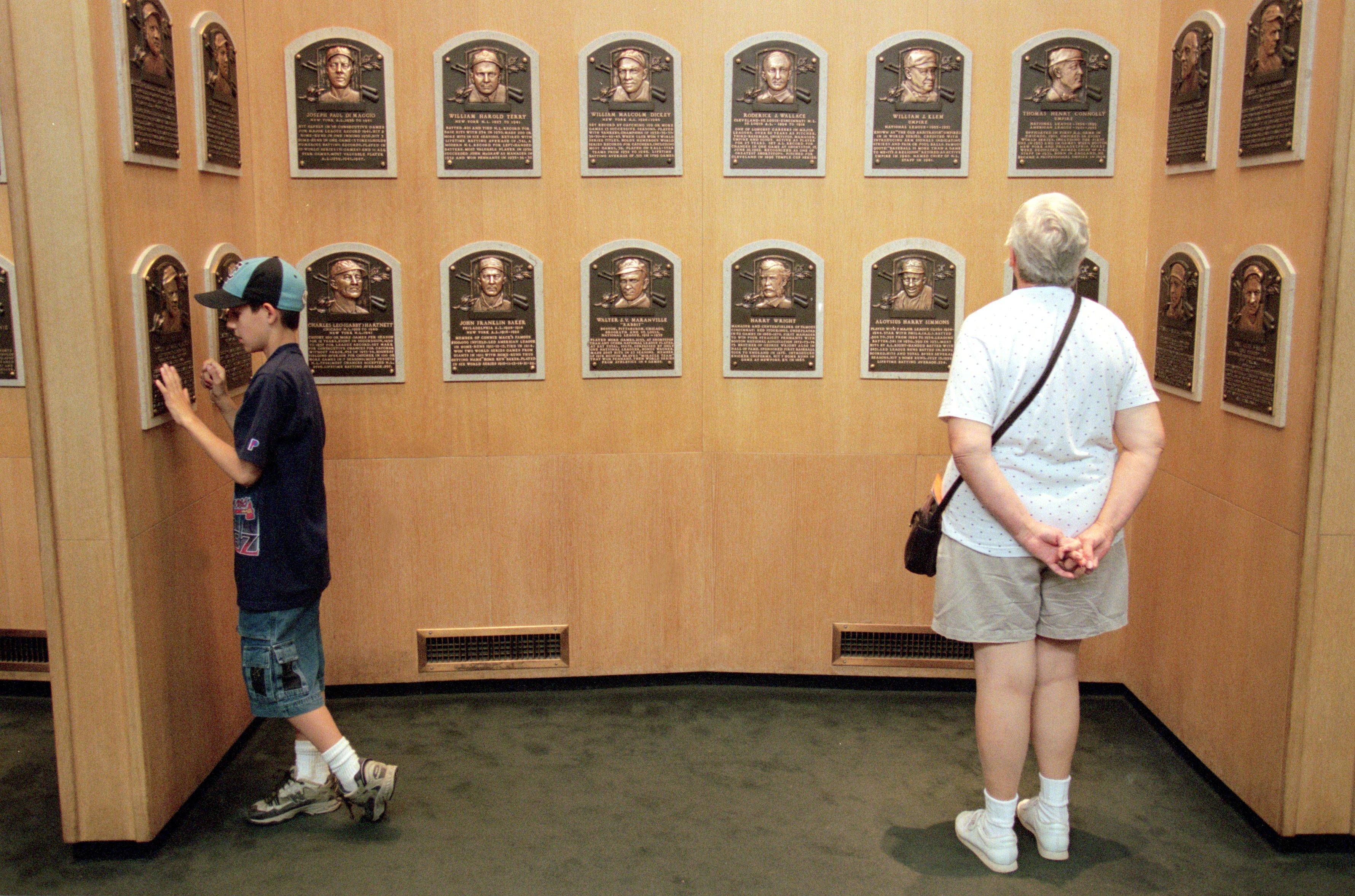 Fans Viewing Plaques